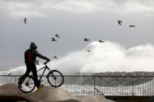 Ισπανία: Τρεις νεκροί από το σαρωτικό πέρασμα της καταιγίδας Γκλόρια!