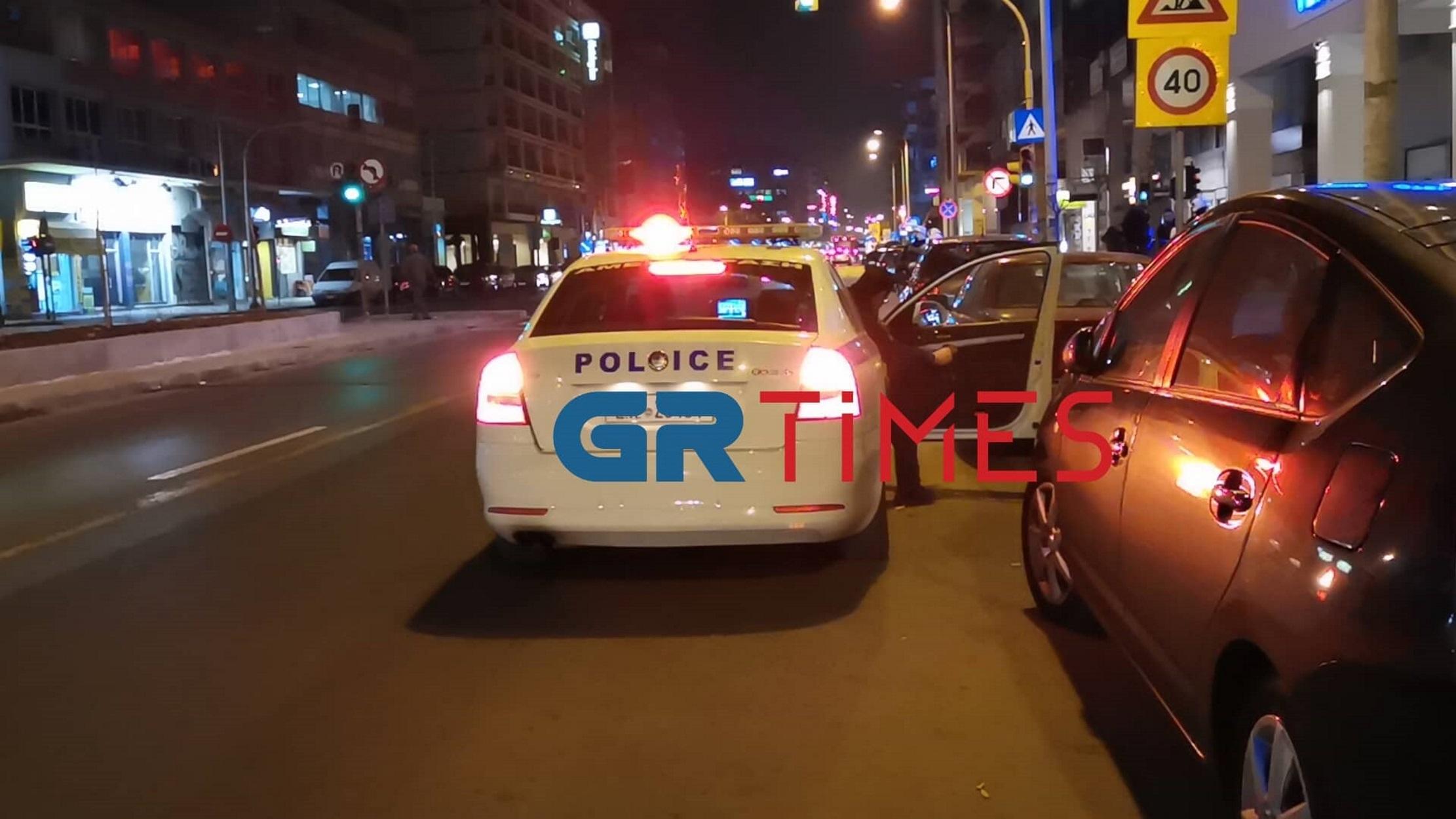 """Αλλοδαποί """"έπαιξαν"""" άγριο ξύλο στο κέντρο της Θεσσαλονίκης! video"""