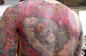 Ο 73χρονος tattoo artist που έχει γίνει θρύλος στην Ιαπωνία