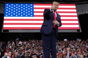Δικηγόροι Τραμπ: Δεν έχει κάνει τίποτα κακό ο πρόεδρος