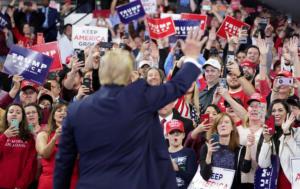 Τραμπ, ο πρώτος πρόεδρος των ΗΠΑ σε πορεία κατά των αμβλώσεων