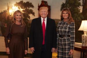 """Τα… ζεύγη Τραμπ και Μητσοτάκη στον Λευκό Οίκο σε εννιά """"κλικς""""!"""