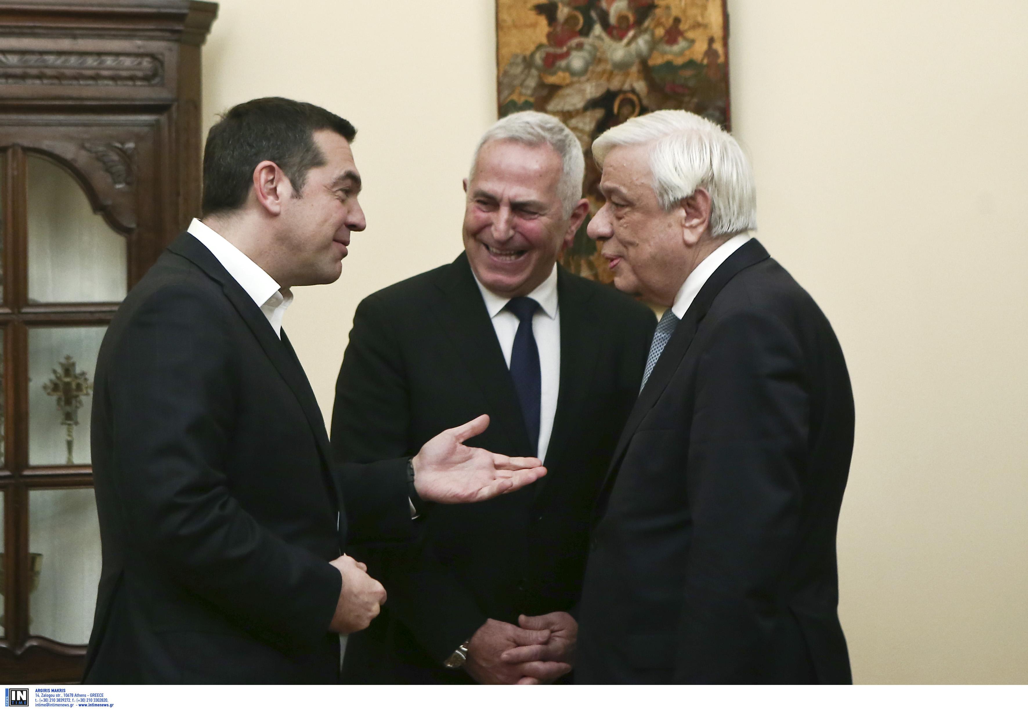 """Αποστολάκης και πρόεδρος ΣτΕ στη λίστα για τον Πρόεδρο της Δημοκρατίας! Η """"μάχη"""" για τον εκλογικό νόμο και το σενάριο των διπλών εκλογών"""