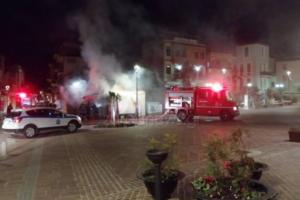 Χανιά: Φωτιά σε περίπτερο στο κέντρο της πόλης [pics]