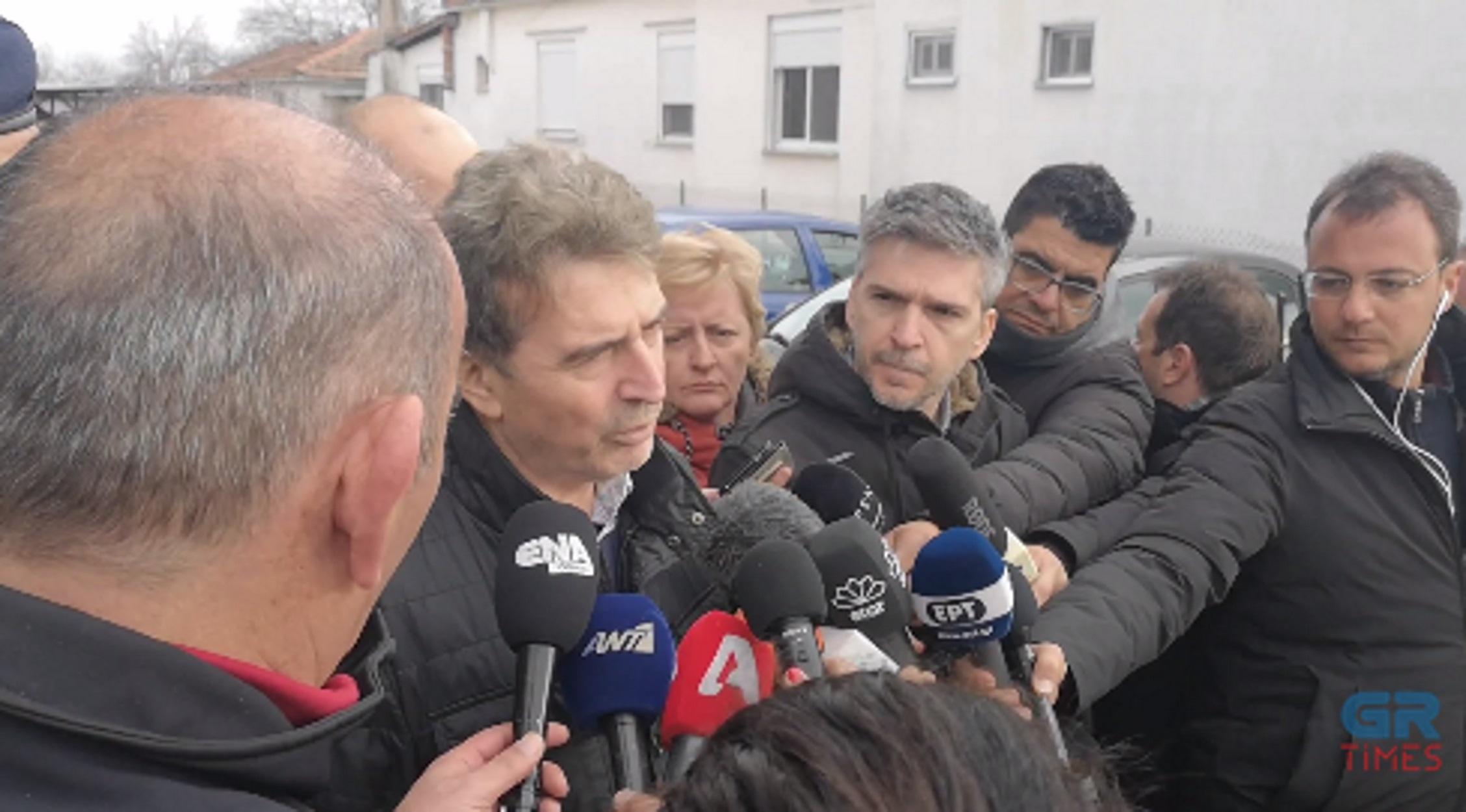 """Χρυσοχοΐδης στον 'Εβρο: """"Δεν περνάει κανείς χωρίς νόμιμα ταξιδιωτικά έγγραφα""""! video"""
