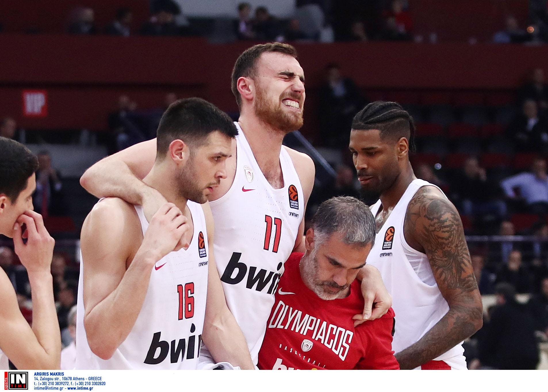 """Αποχώρησε σφαδάζοντας ο Μιλουτίνοφ! Απίστευτη """"γκίνια"""" στον Ολυμπιακό"""