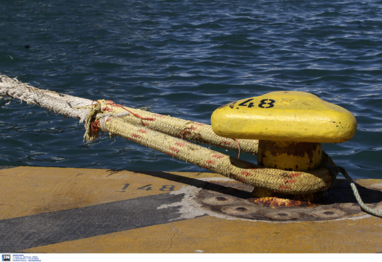 Ζάκυνθος: Δεμένα τα πλοία λόγω των θυελλωδών ανέμων 8 μποφόρ