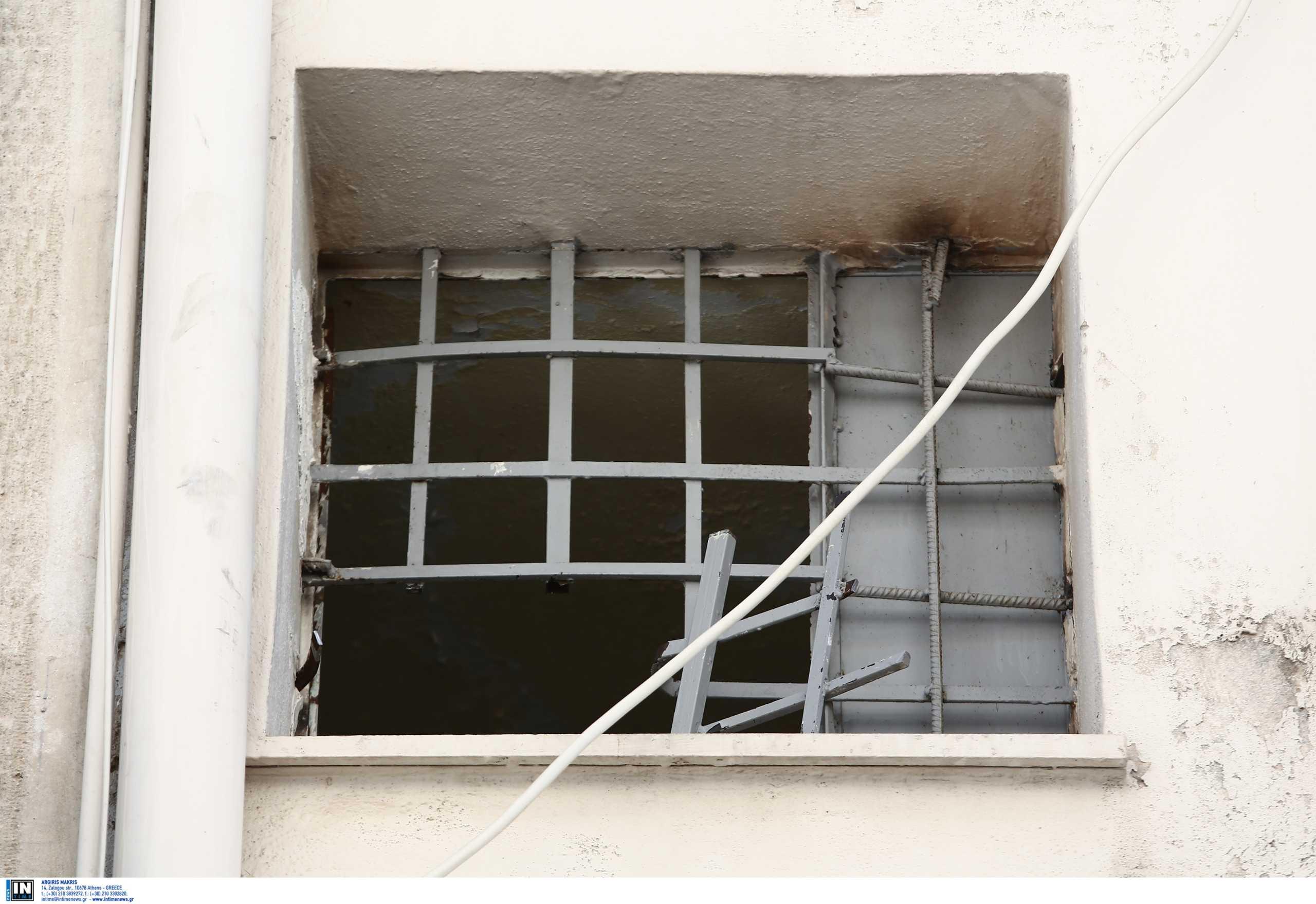 Απέδρασαν κακοποιοί από τις φυλακές Νέας Τίρυνθας - Πήδηξαν τα κάγκελα κι εξαφανίστηκαν