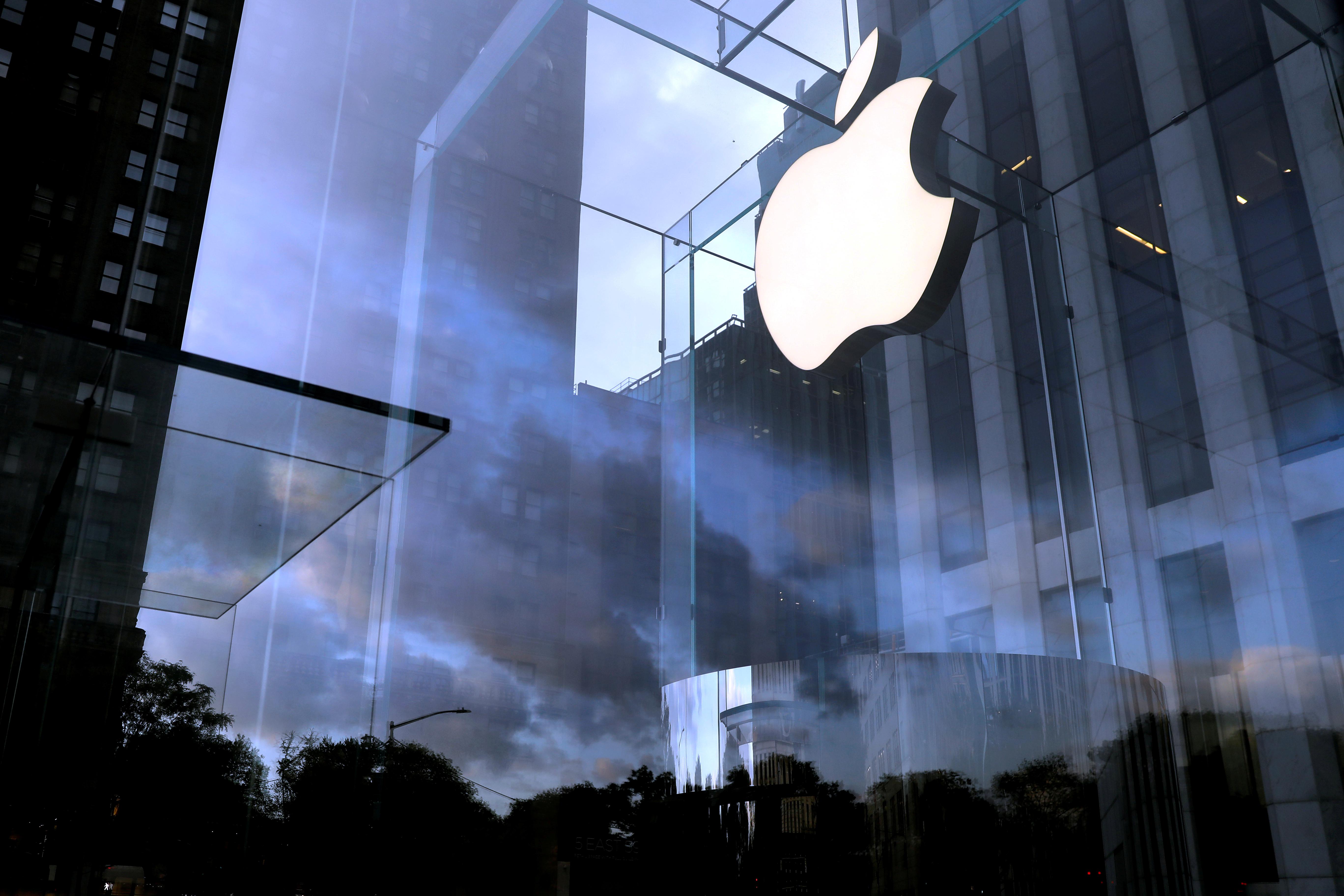 Κοροναϊός: Κλείνει τα καταστήματα στην Κίνα η Apple