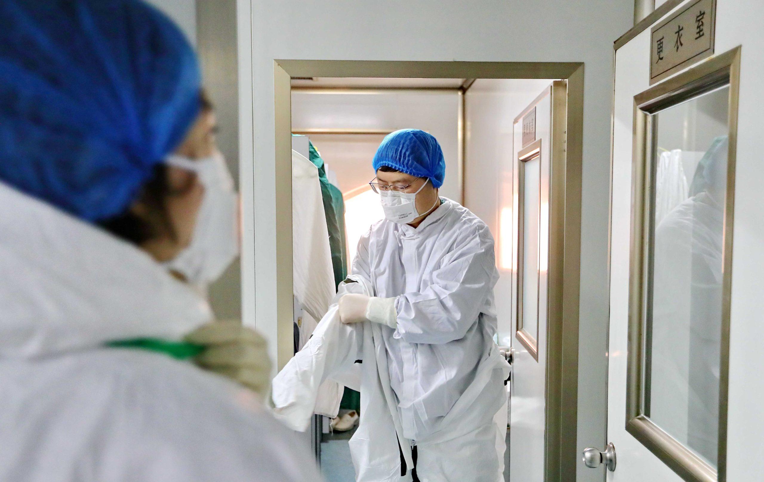 Κοροναϊός: Ασθενείς με συμπτώματα γρίπης θα εξετάζονται και για τον ιό
