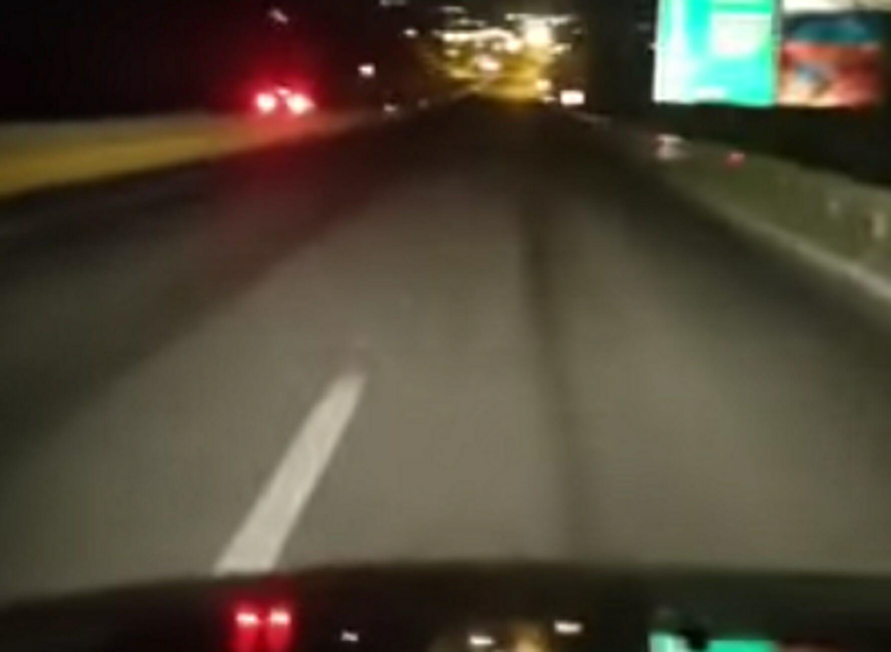Κρήτη: Οδηγούσε στο αντίθετο ρεύμα της εθνικής οδού, στη λωρίδα ταχείας κυκλοφορίας! Κίνδυνος θάνατος στον ΒΟΑΚ (Βίντεο)