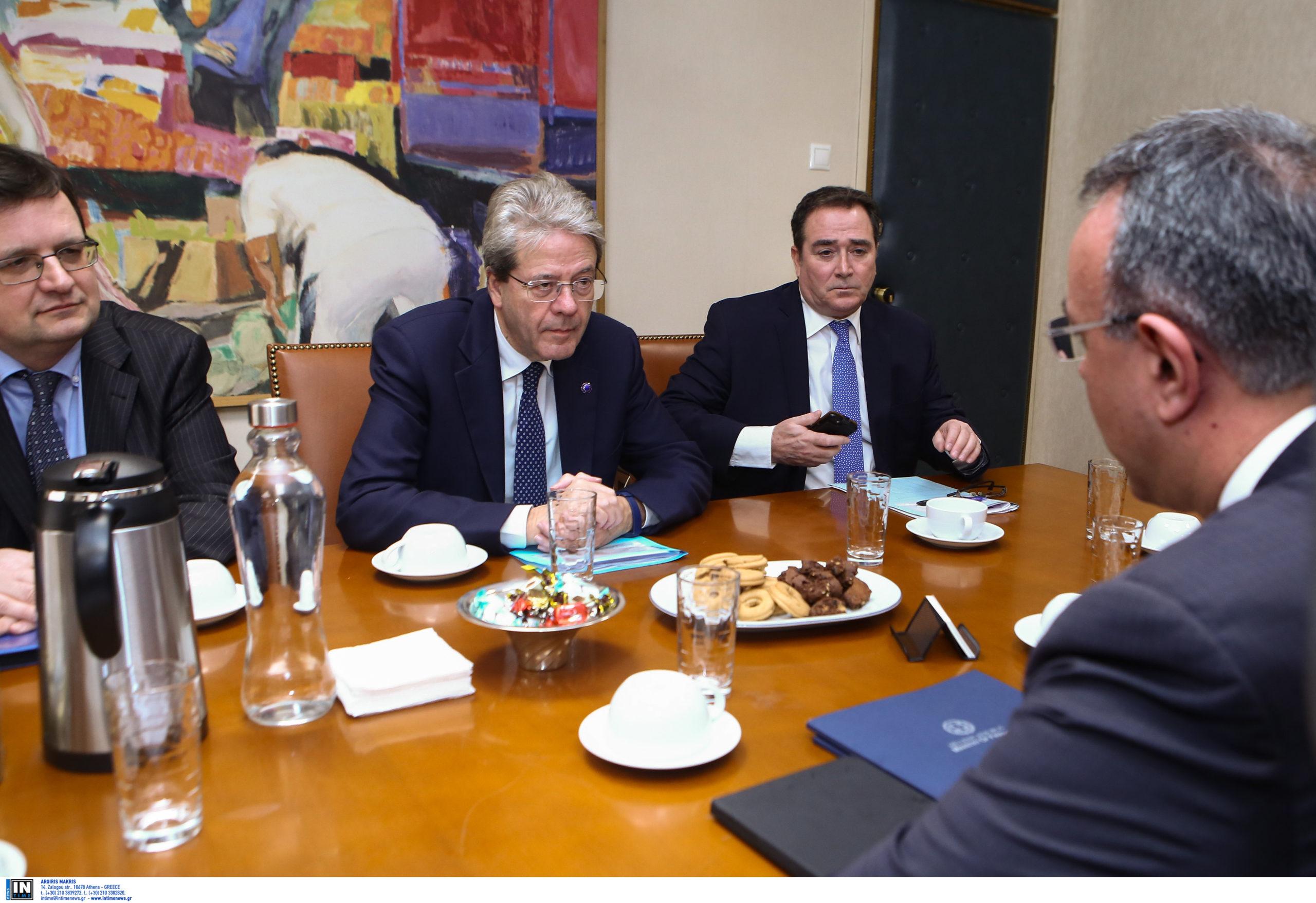 Διπλή στήριξη στην Ελλάδα από ΕΕ και ΕΚΤ και… «βουτιά» στα ομόλογα