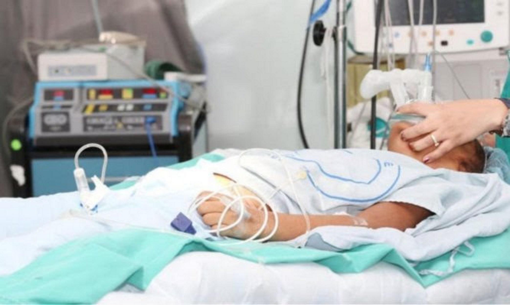 Αεροδιακομιδή στο Ηράκλειο για 47χρονο με γρίπη - Στη ΜΕΘ του ΠΑΓΝΗ δύο ασθενείς