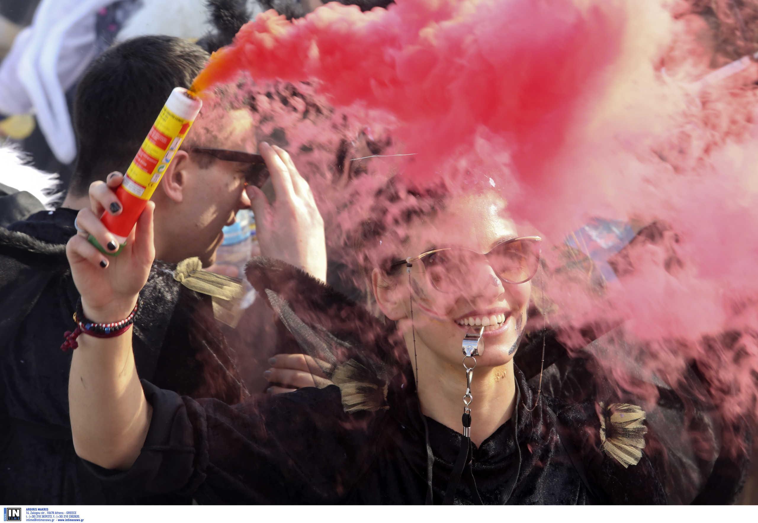 Ο κορονοϊός ακυρώνει κάθε καρναβάλι! Στα… κάγκελα οι δήμαρχοι