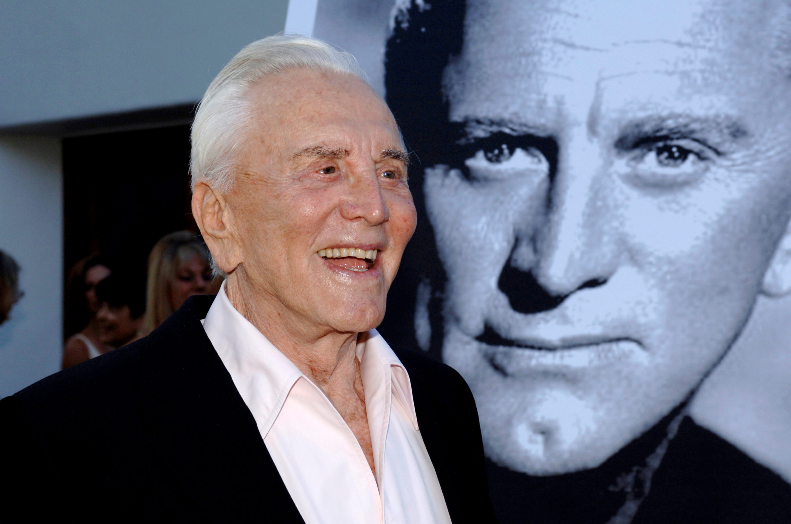 Kirk Douglas: Πέθανε σε ηλικία 103 ετών ο θρύλος του Χόλιγουντ