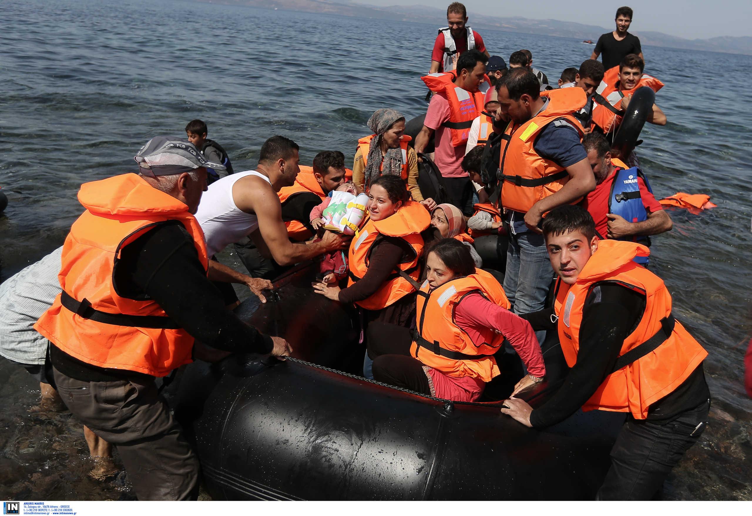 """""""Αντιλαμβανόμαστε τι σημαίνει να έρθουν 100.000 πρόσφυγες στα νησιά""""! Ο Κωνσταντίνος Φίλης αναλύει στο newsit.gr τις κινήσεις Ερντογάν"""