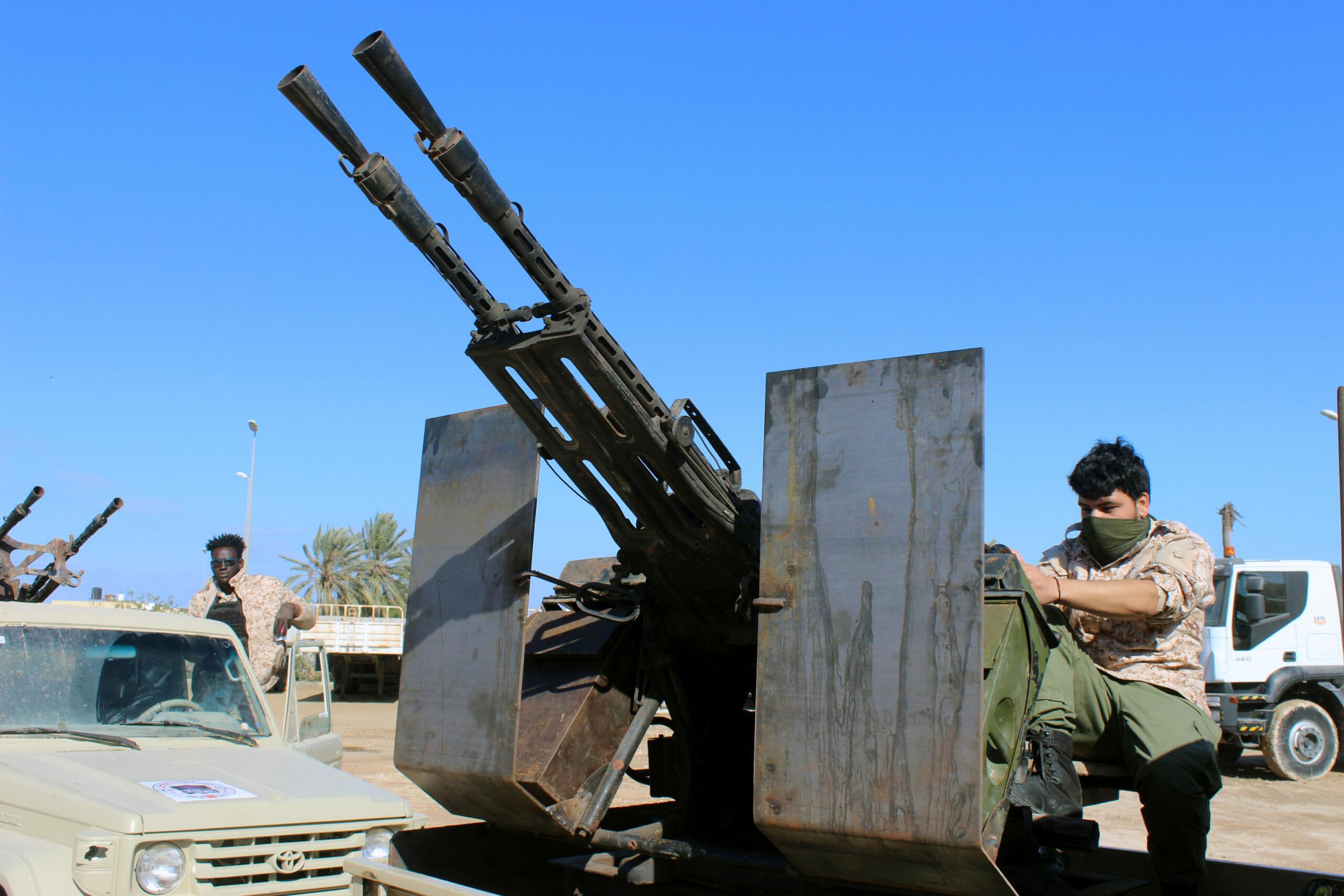 Σφοδρό σφυροκόπημα της Τρίπολης από τις δυνάμεις του Χάφταρ
