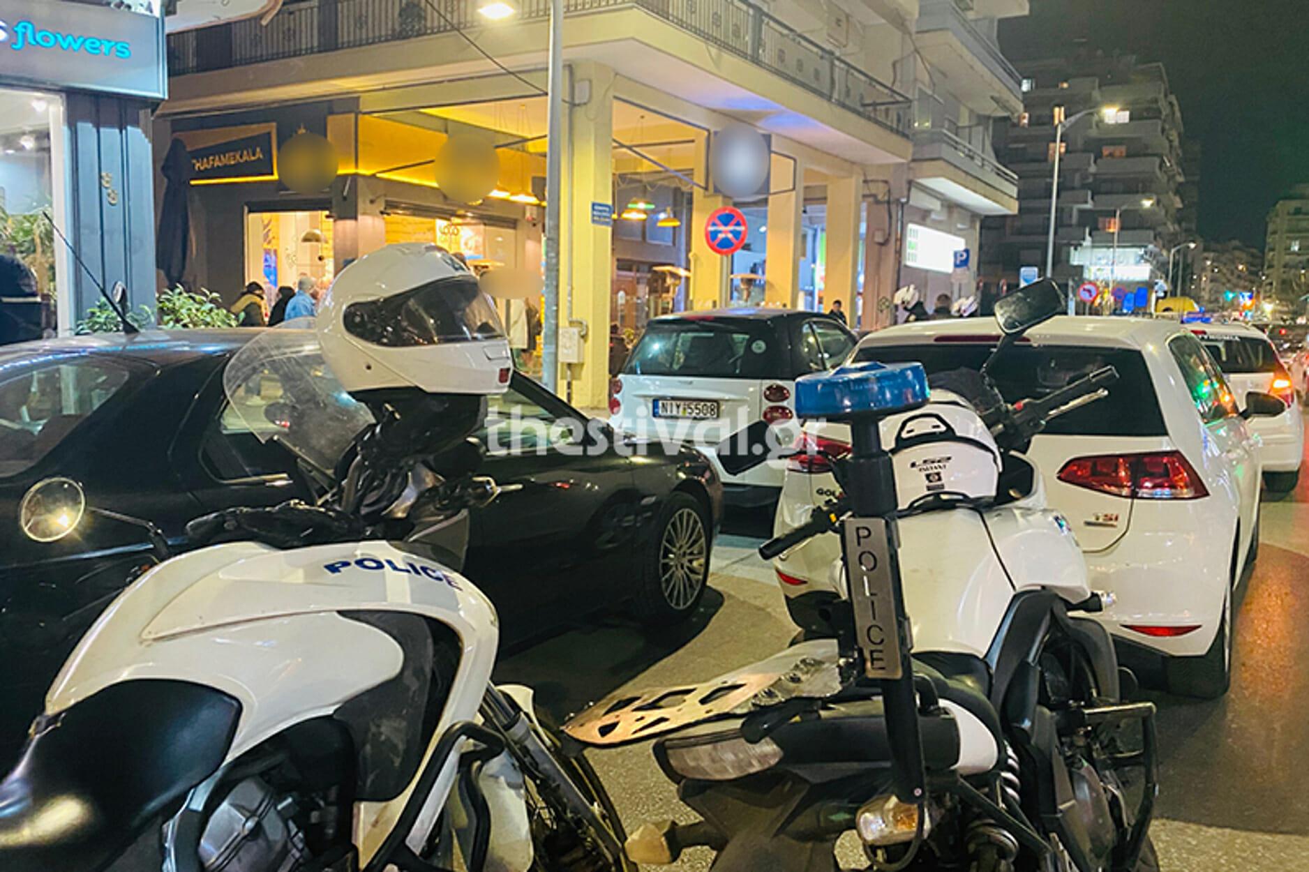Θεσσαλονίκη: Παραδόθηκε ο ντελιβεράς που σκότωσε τον ιδιοκτήτη fast food!