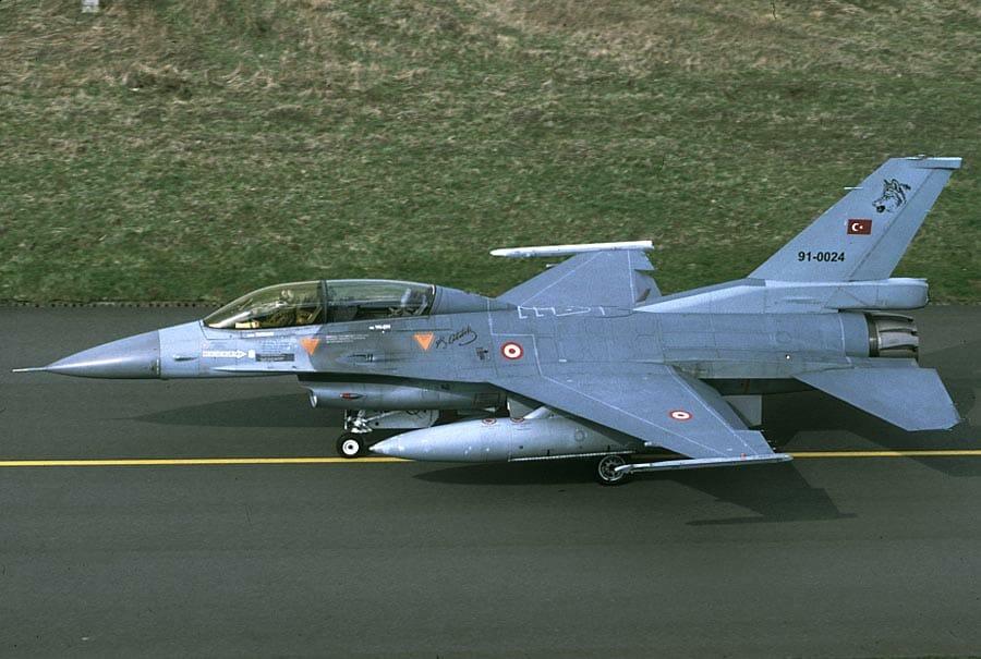 τουρκικά αεροσκάφη