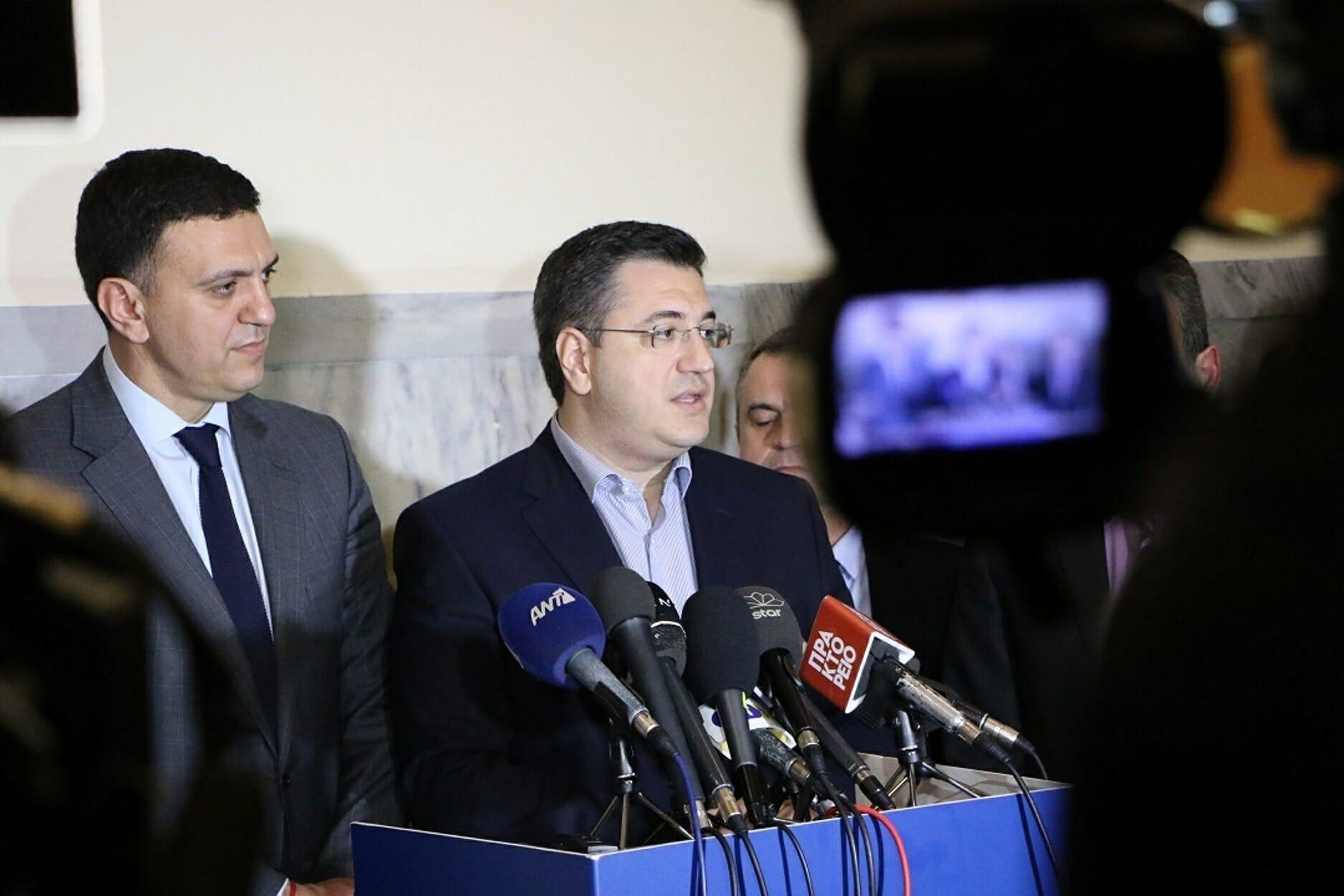 Κορονοϊός: Μήνυμα Τζιτζικώστα για ψυχραιμία μετά το πρώτο κρούσμα στη Θεσσαλονίκη