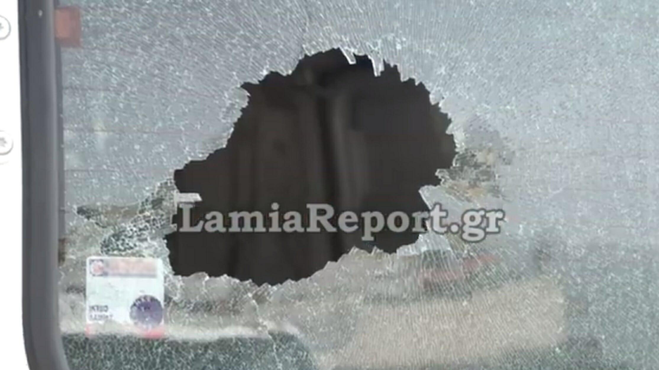 """Βίντεο - ντοκουμέντο: """"Πιάστηκε"""" να σπάει αυτοκίνητα - Σοκαριστικές εικόνες!"""