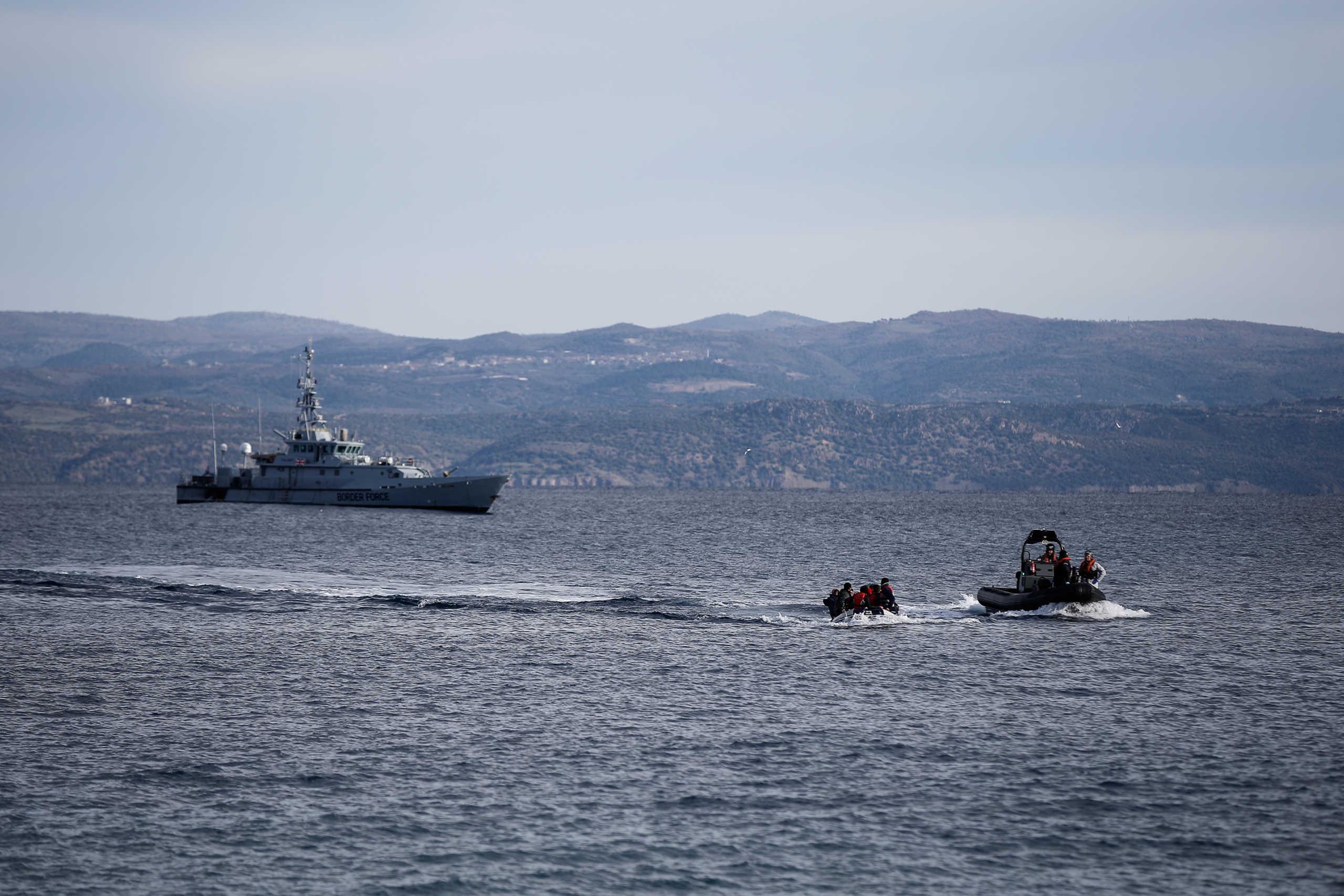 Η Ελλάδα θωρακίζει τα σύνορά της απέναντι στον ωμό εκβιασμό Ερντογάν - Άνοιξε από τα ξημερώματα τα περάσματα στους πρόσφυγες