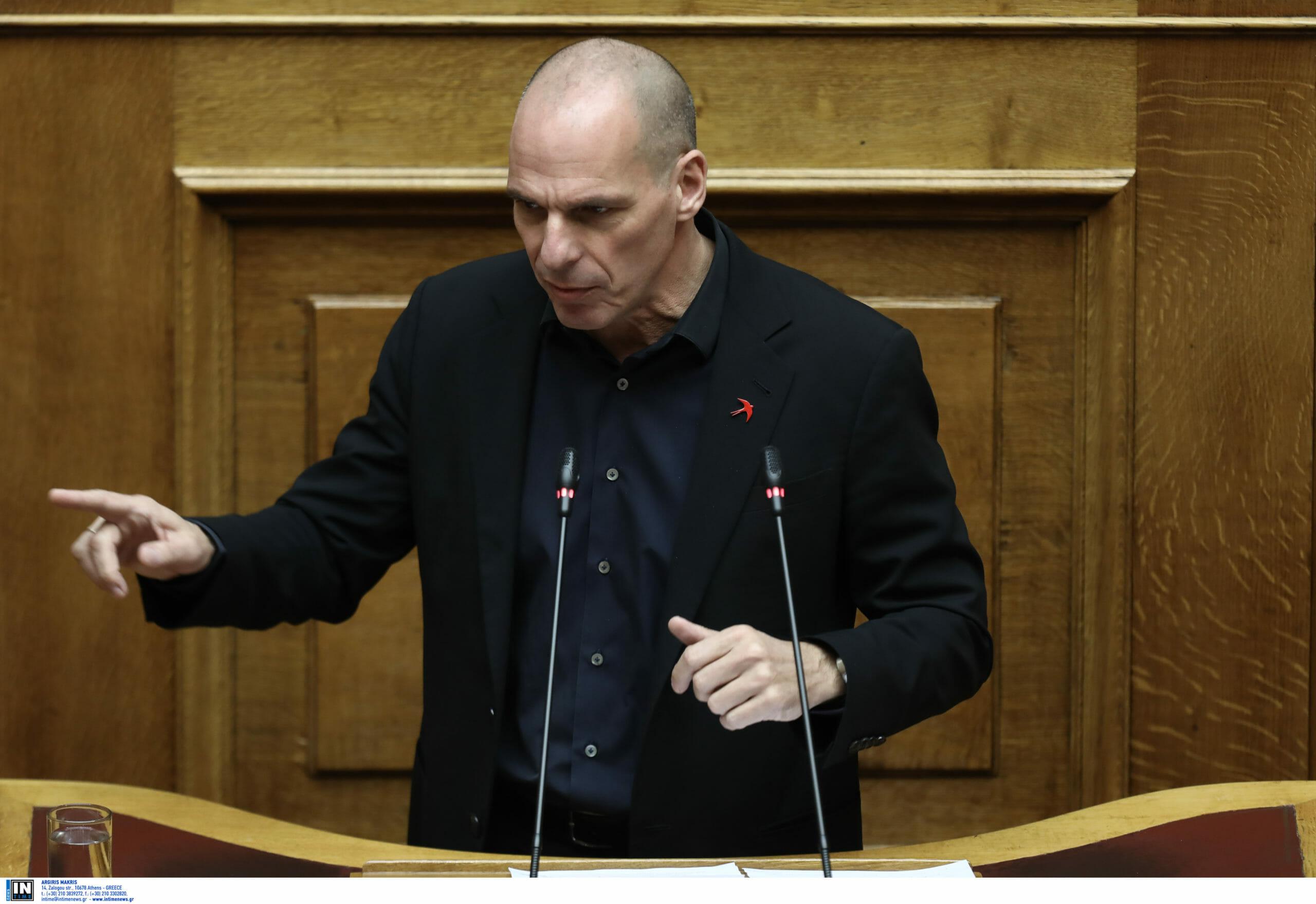 """""""Με δική του ευθύνη στη δημοσιότητα οι υποκλοπές στο Eurogroup""""! Αιχμηρές αντιδράσεις για το στικάκι Βαρουφάκη"""