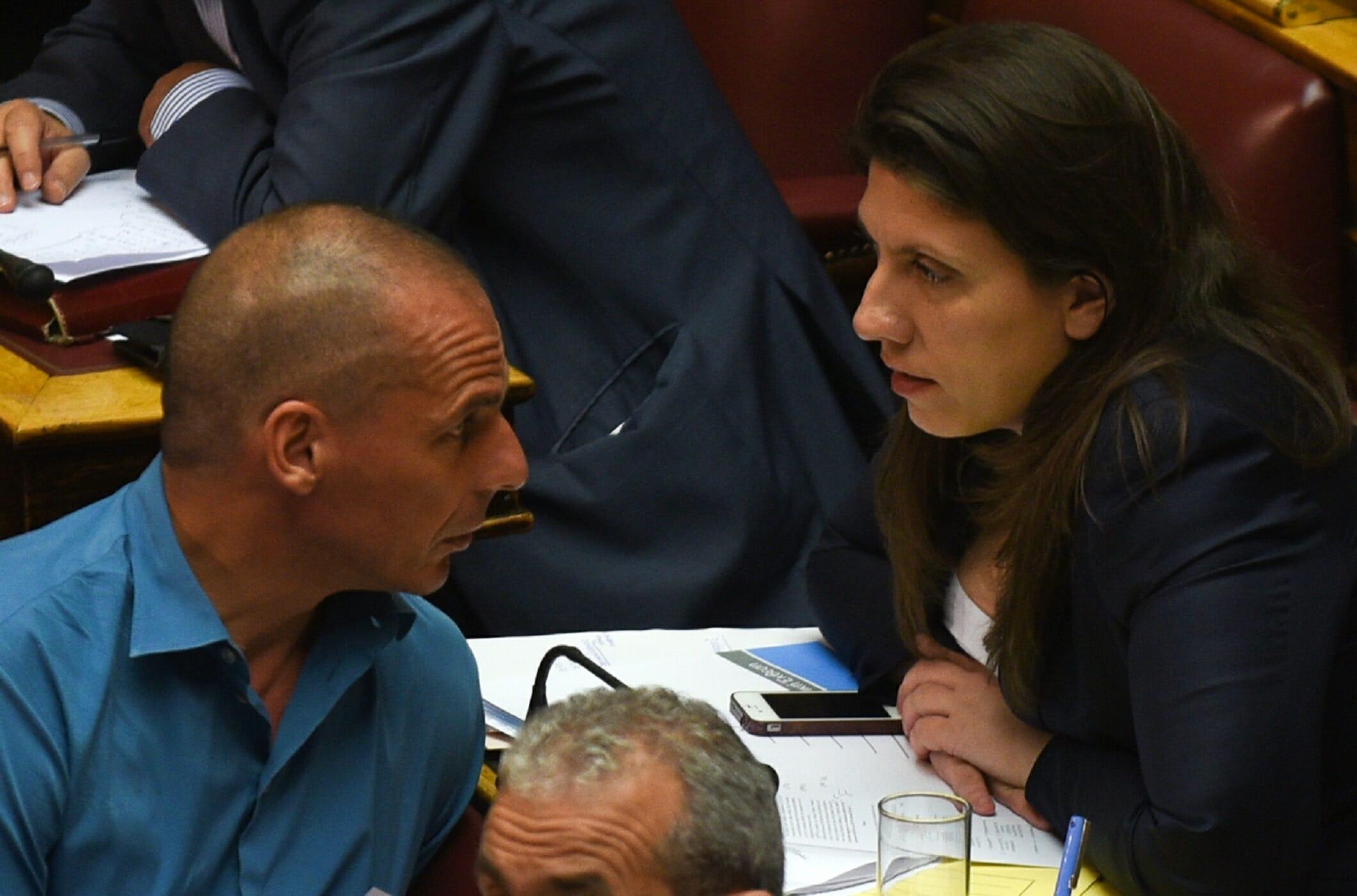 Κωνσταντοπούλου σε Βαρουφάκη: Είμαι διατεθειμένη να δημοσιοποιήσω τις συνομιλίες