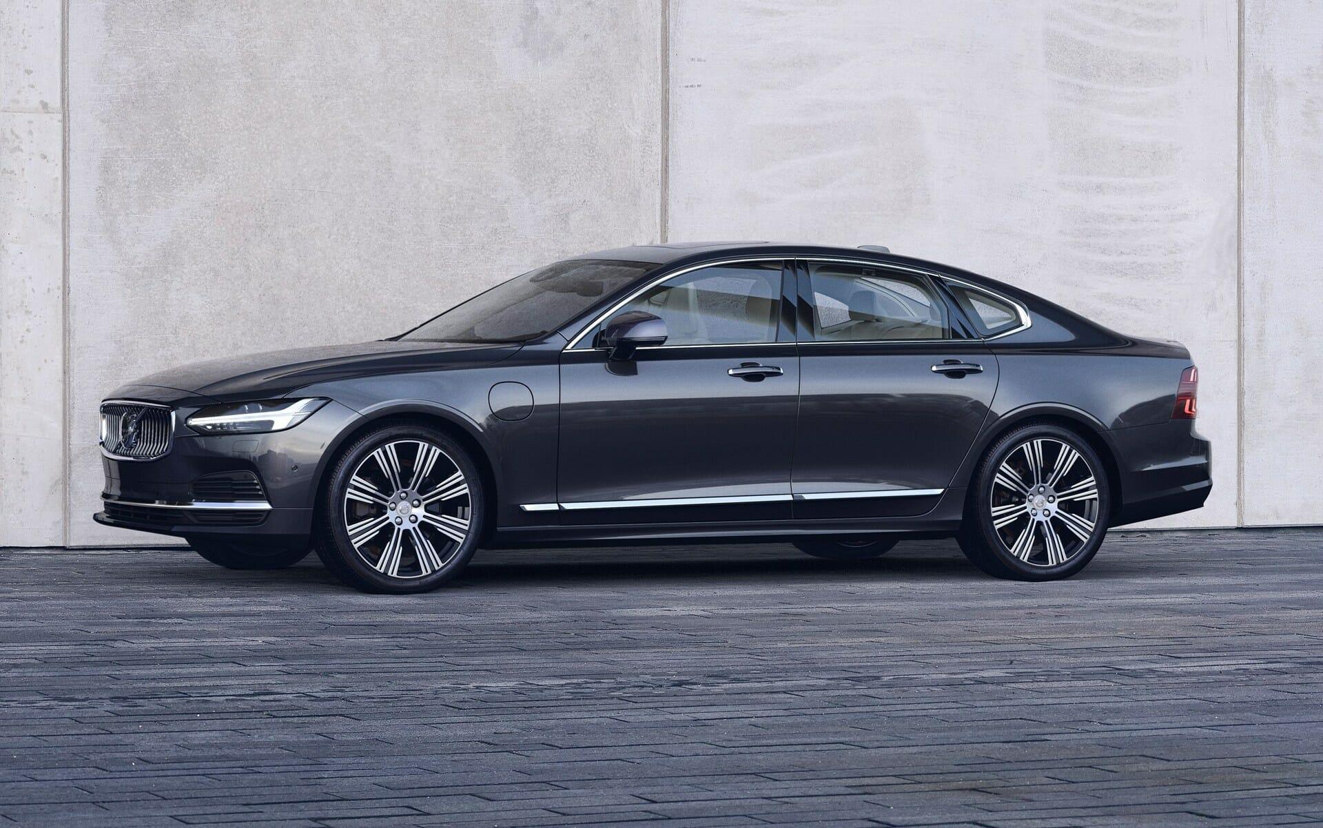 Volvo: Ανανέωση και υβριδικοί κινητήρες για τα S90 και V90
