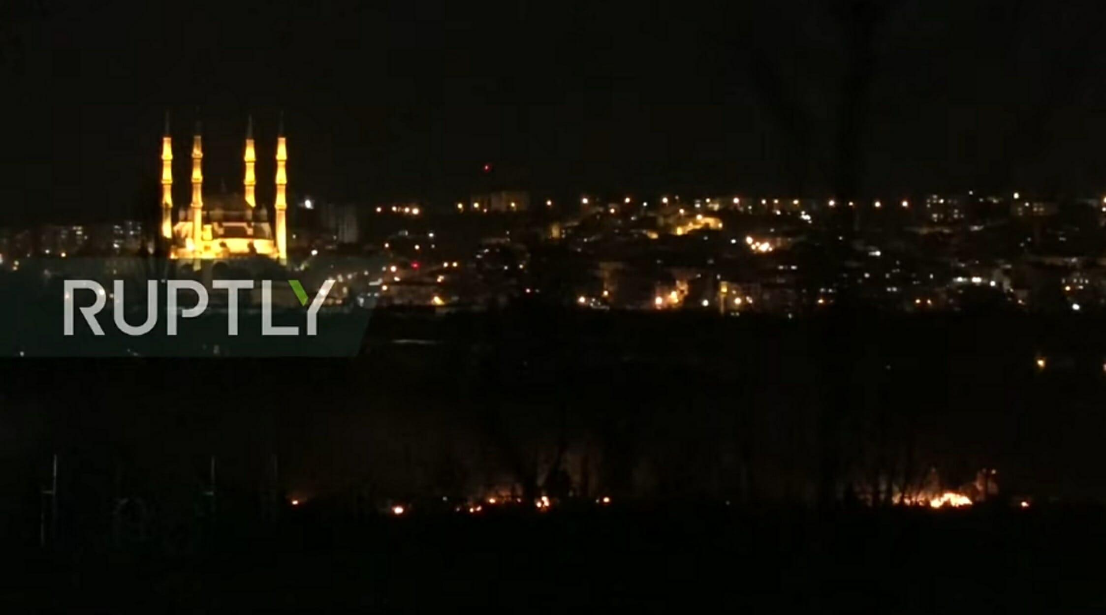 Έβρος: Νέα επεισόδια στα ελληνοτουρκικά σύνορα με χημικά, καπνούς και φωτιές! video