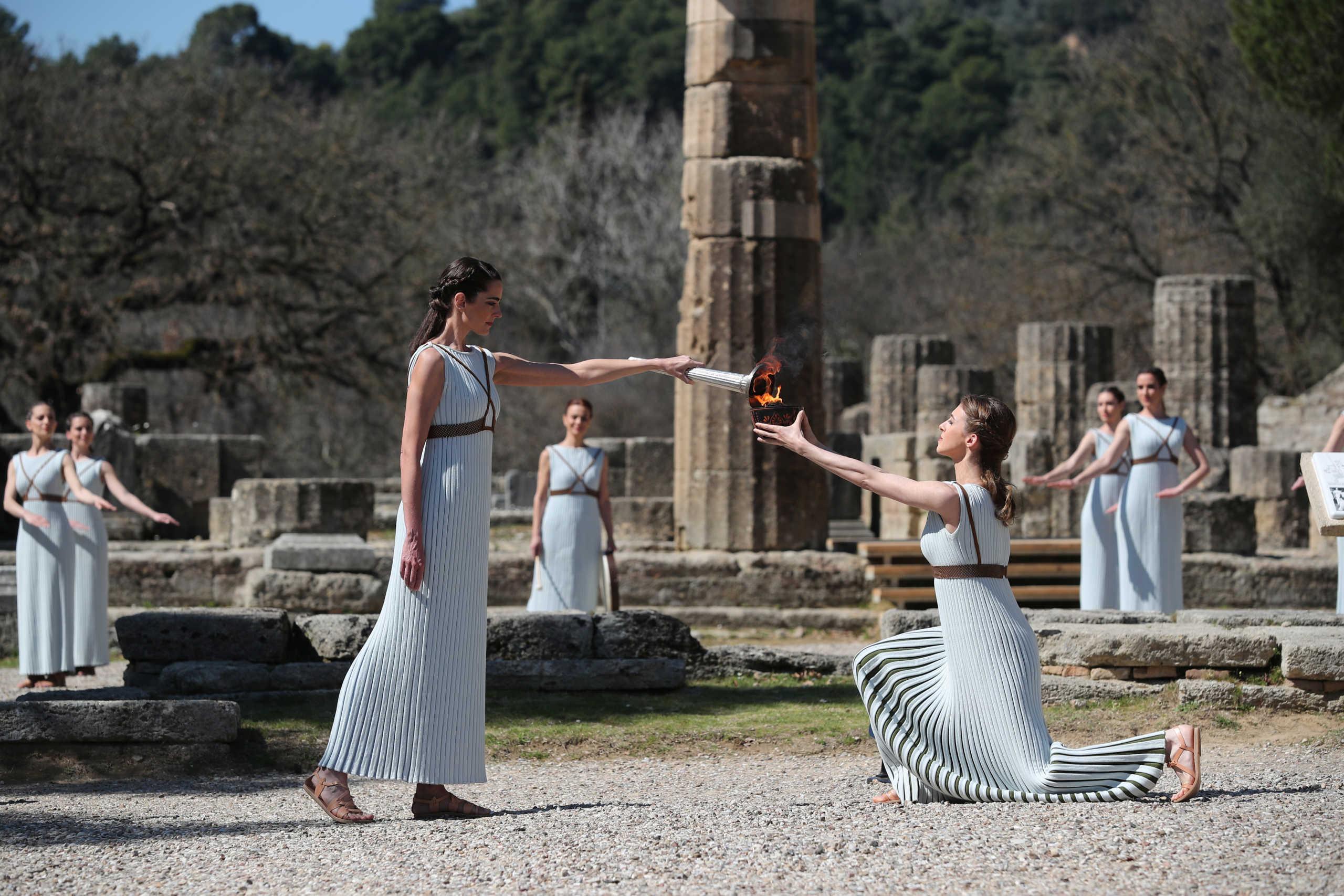 Αρχαία Ολυμπία: Ξεκίνησε το ταξίδι της η Ολυμπιακή Φλόγα για το Τόκιο (photos)