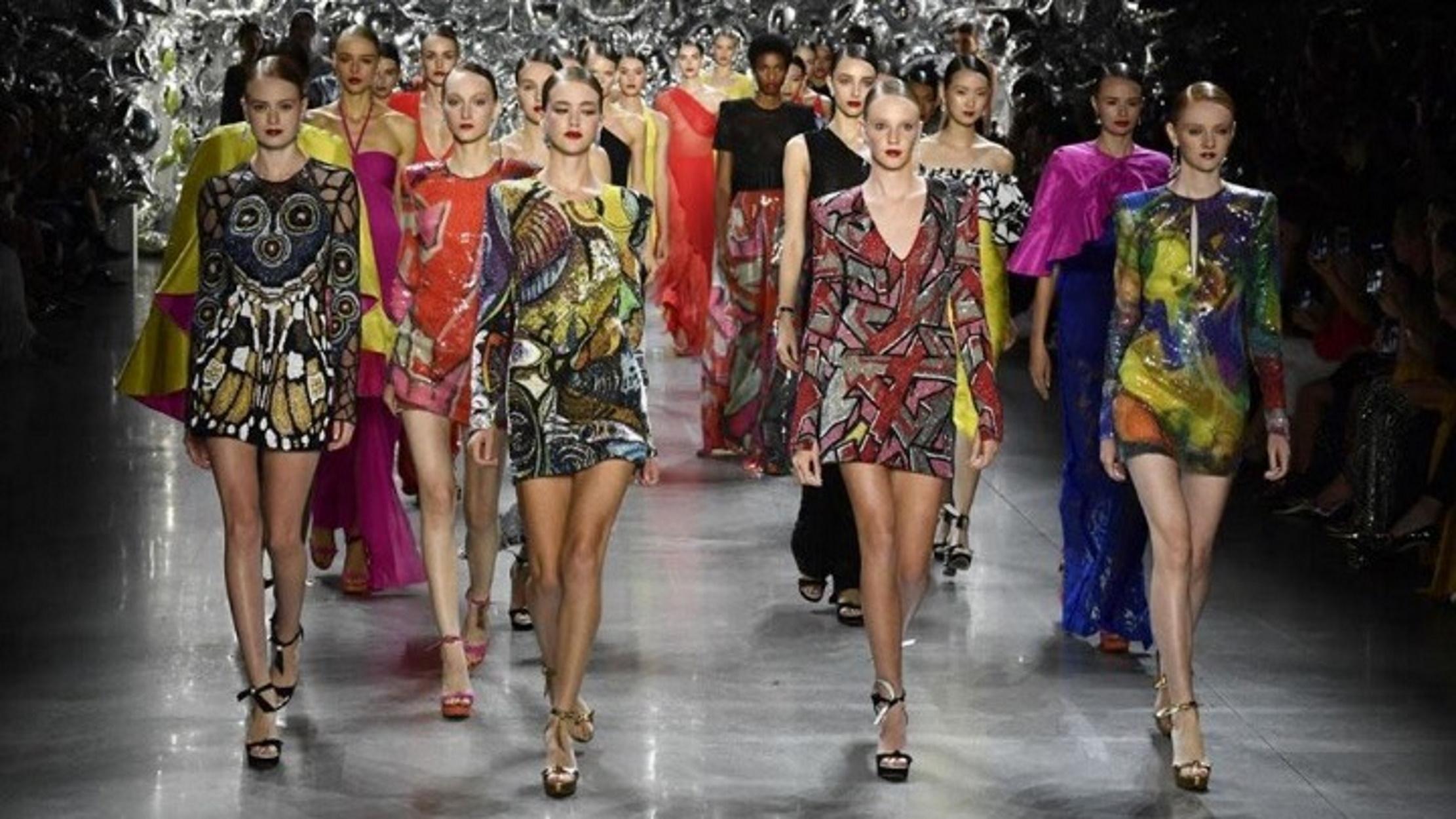 """Το Μιλάνο """"απαντά"""" στον κορονοϊό με την πρώτη Ψηφιακή Εβδομάδα Μόδας"""