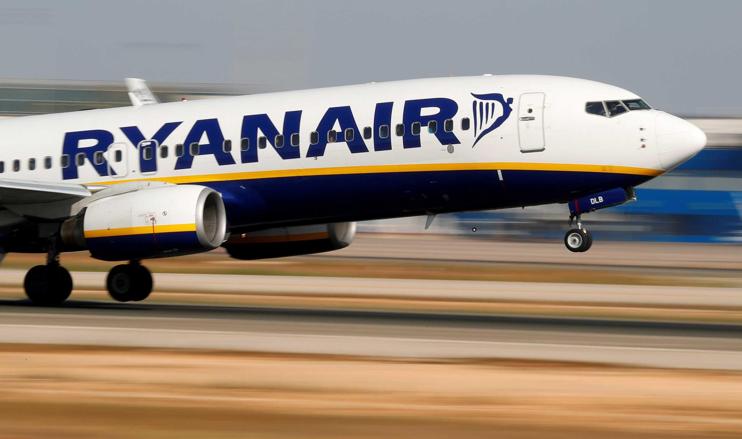 Κορονοϊός: Ryanair και British Airways ακυρώνουν εκατοντάδες πτήσεις
