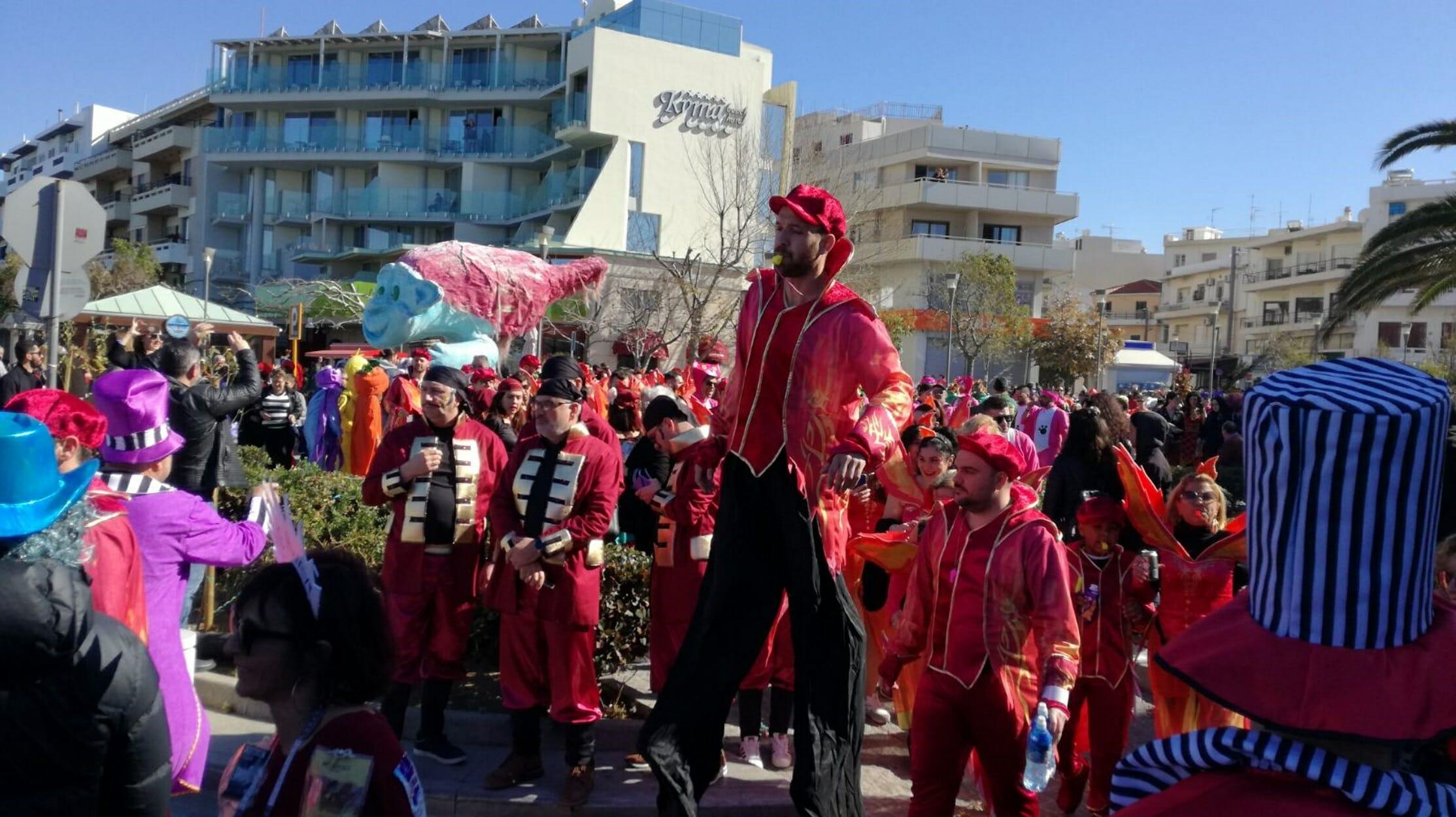 Κορονοϊός: Αψήφισε την απαγόρευση και το Ρεθυμνιώτικο καρναβάλι