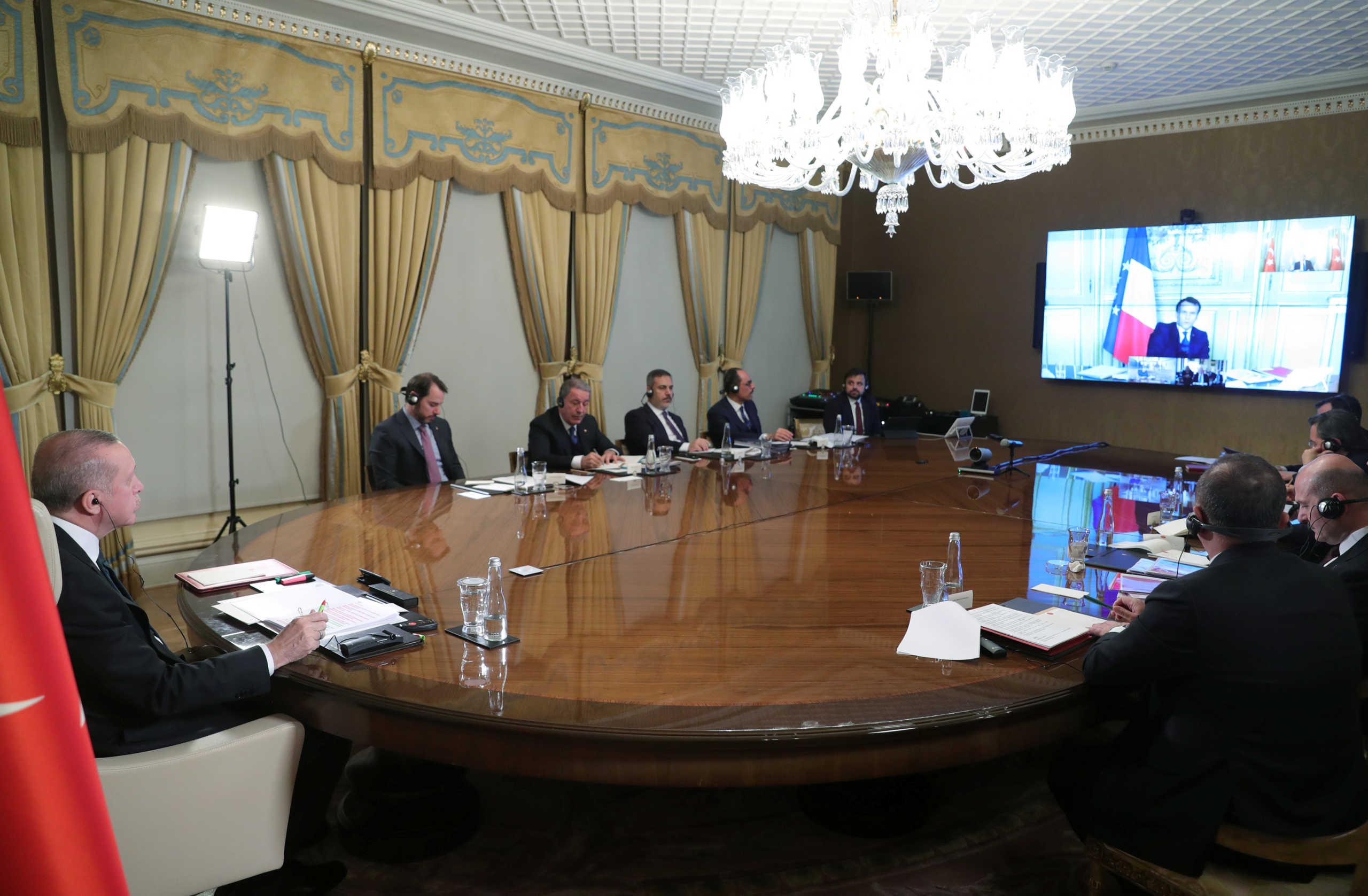 Στην εποχή του κορονοϊού: Τηλεδιάσκεψη Ερντογάν με ηγέτες Γερμανίας, Γαλλίας και Βρετανίας