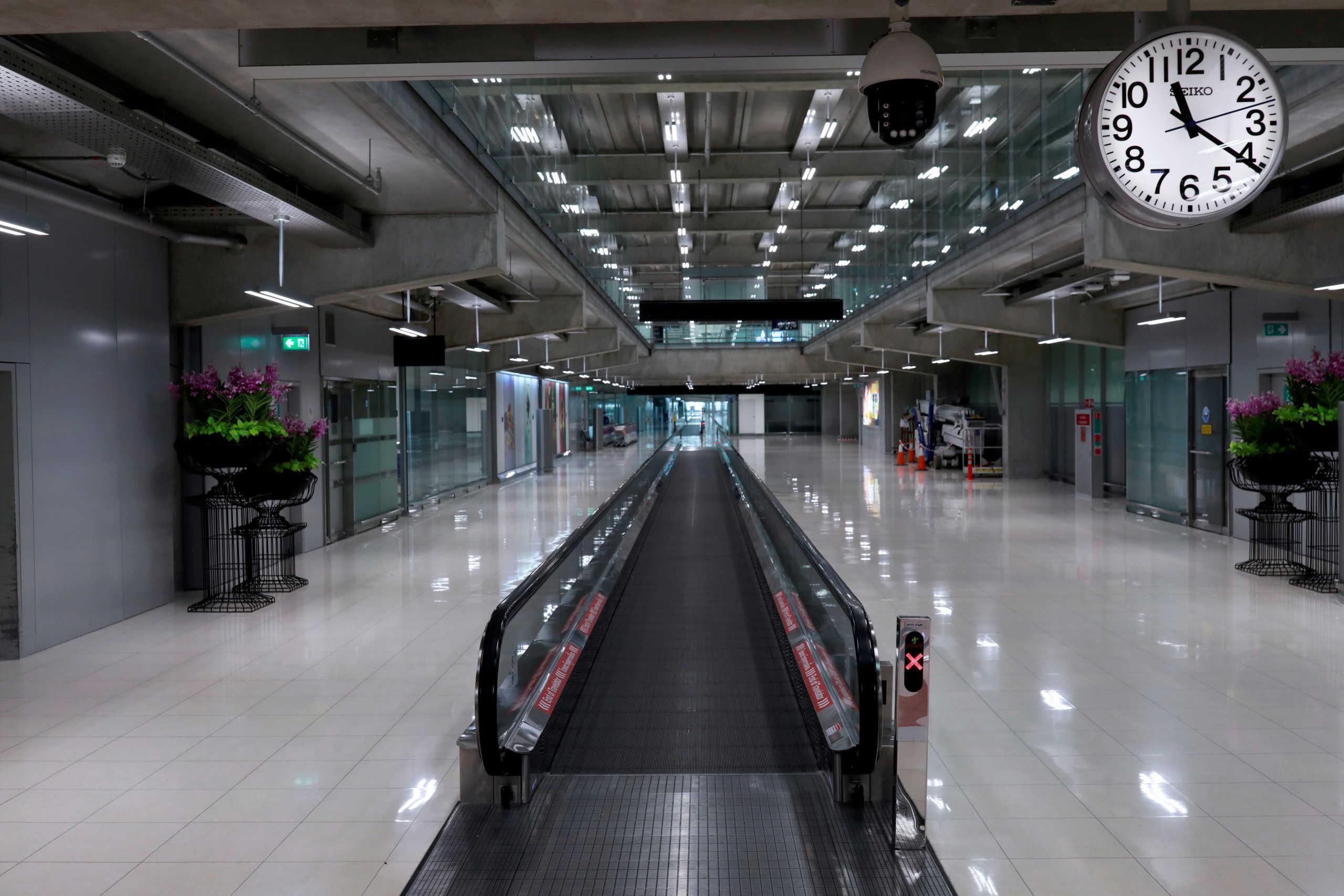 Απαγορεύονται οι πτήσεις από και προς Βρετανία και Τουρκία