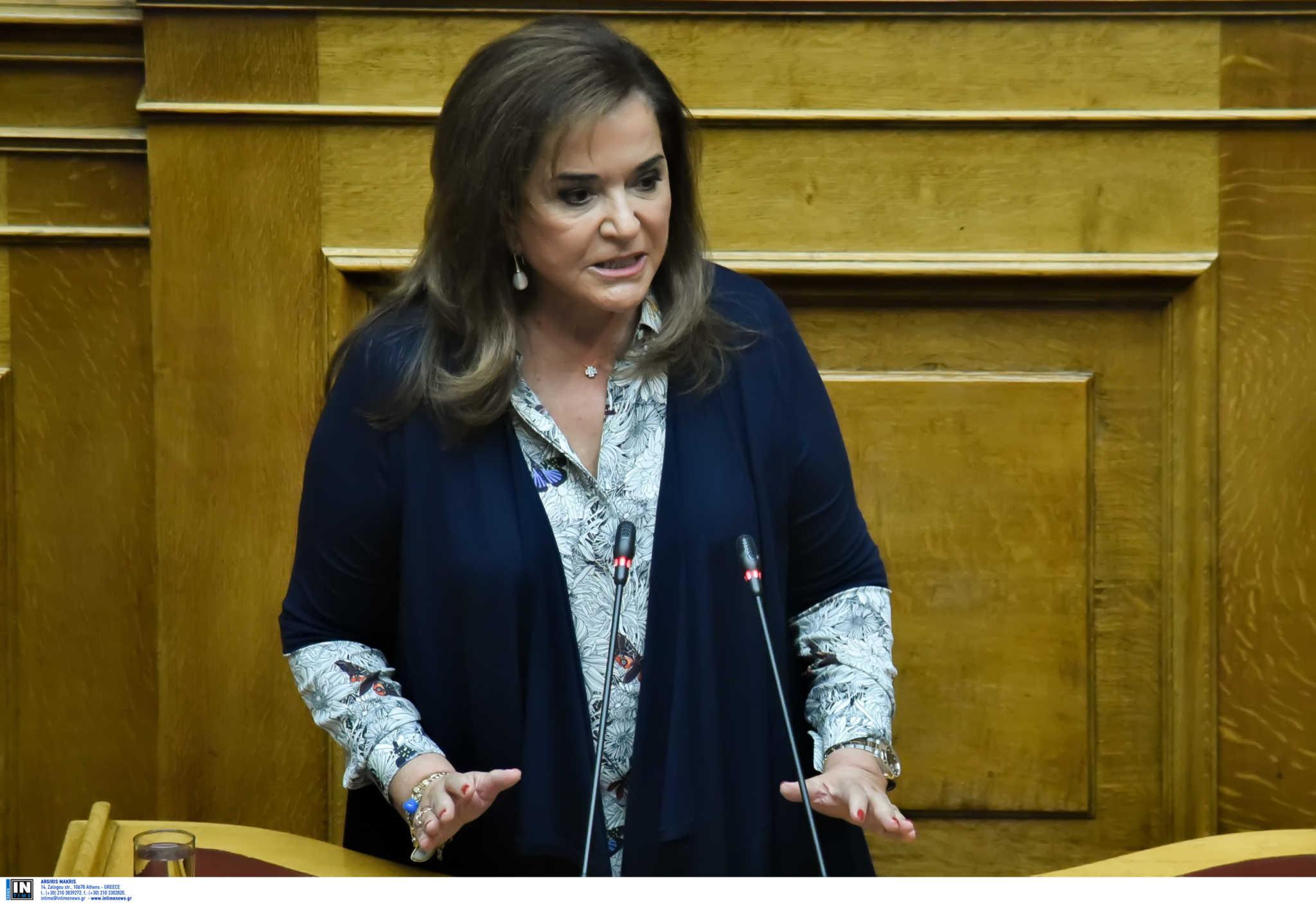 Μπακογιάννη: Δεν θα δεχτούμε πολιτικές που απειλούν την κυριαρχία μας