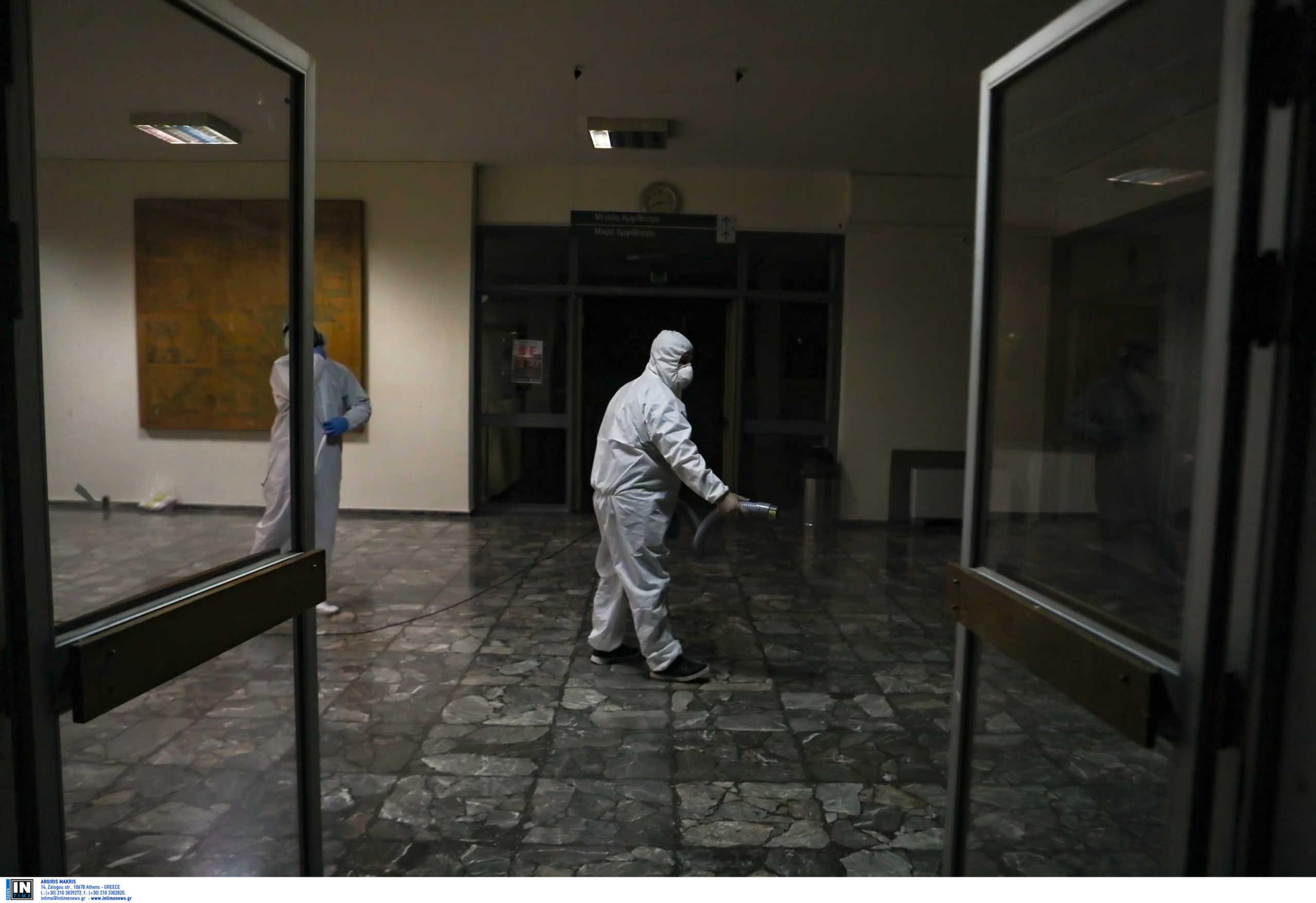 Κορονοϊός: Ένα απέραντο λουκέτο ολόκληρη η χώρα: Αυτά τα μαγαζιά θα είναι κλειστά