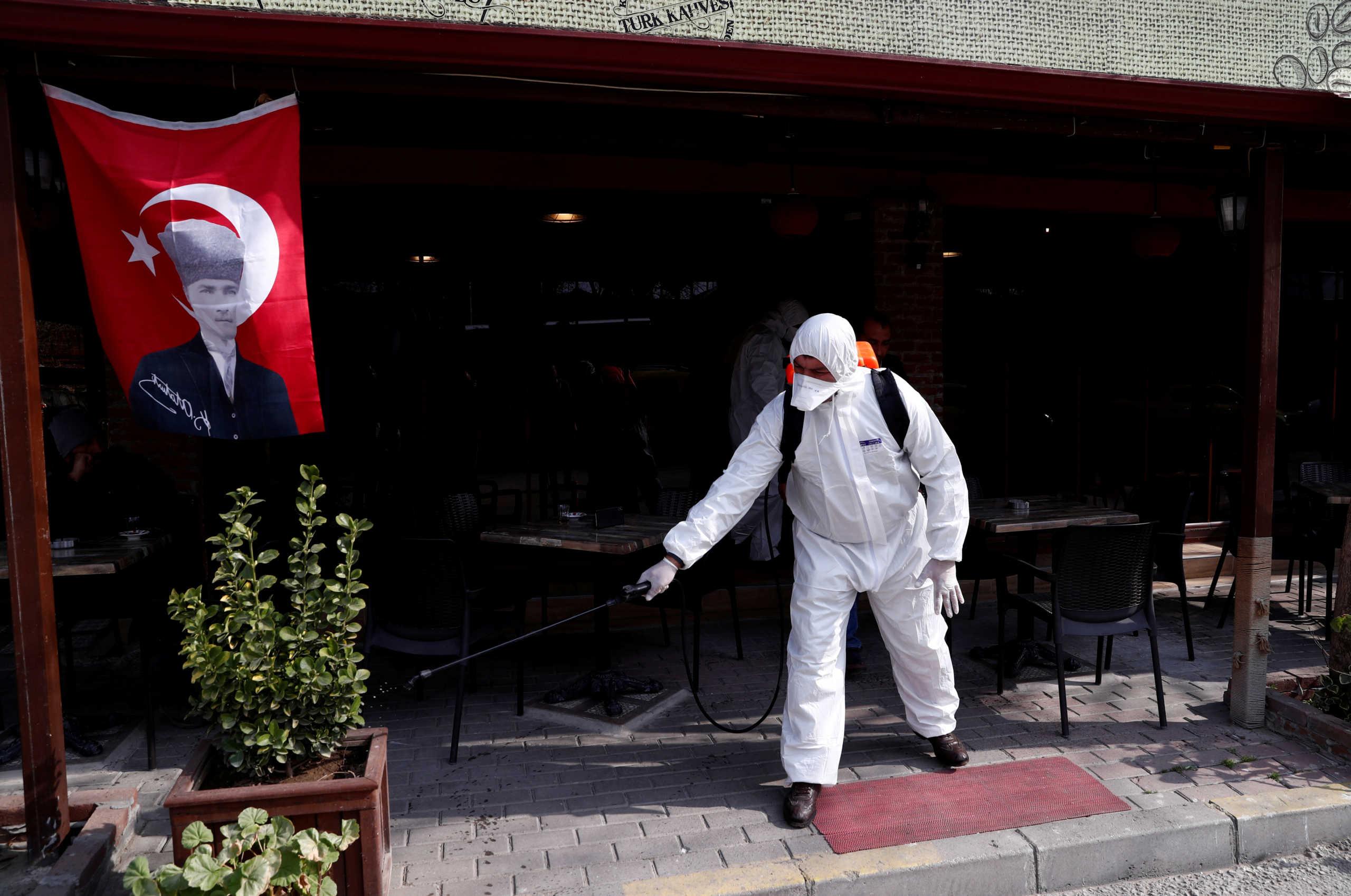 Κορονοϊός: Έκτακτα μέτρα στην Τουρκία! Κλείνουν σχολεία και πανεπιστήμια