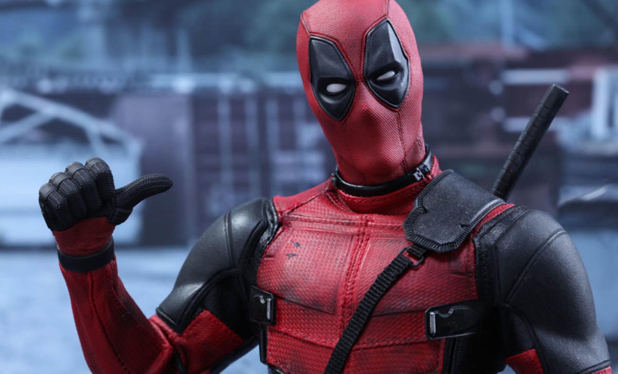 Αλεξιπτωτιστής ντύθηκε… Deadpool για να γιορτάσει την 100η πτήση του!