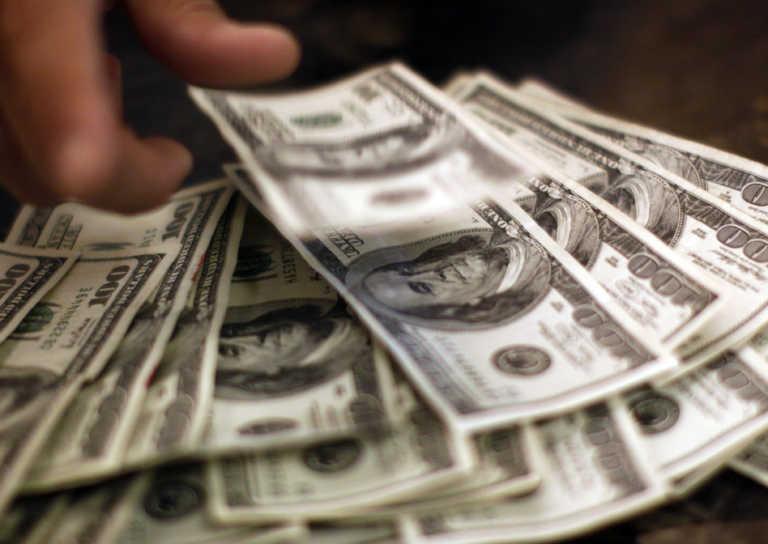 ΗΠΑ: Με… σπασμένα φρένα η οικονομία! Αύξηση ρεκόρ του ΑΕΠ