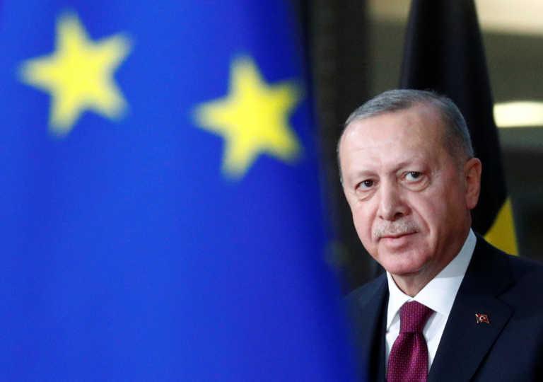 """Έφυγε από την Τουρκία ο Γάλλος πρέσβης – """"Απαράδεκτα τα σχόλια Ερντογάν"""" σχολιάζει ο Μπορέλ"""
