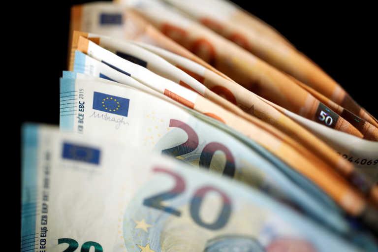Ύφεση 8,2% το 2020, μικρότερη του αναμενόμενου η «βουτιά» του ΑΕΠ