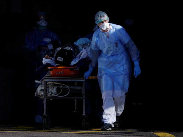 Κορονοϊός: Απότομη αύξηση των θανάτων το τελευταίο 24ωρο