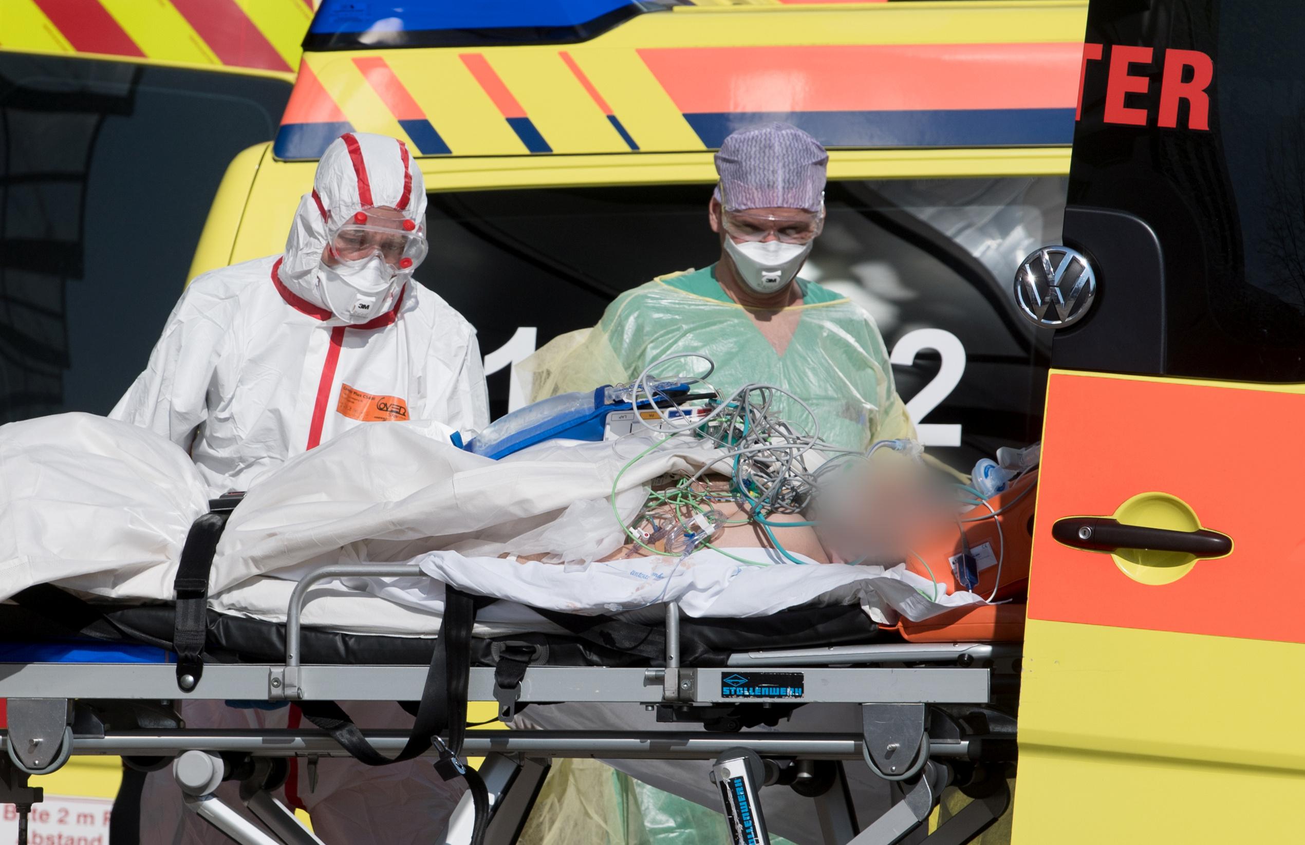 Άλλοι 50 θάνατοι στη Γερμανία, πάνω από 36.000 τα κρούσματα κορονοϊού
