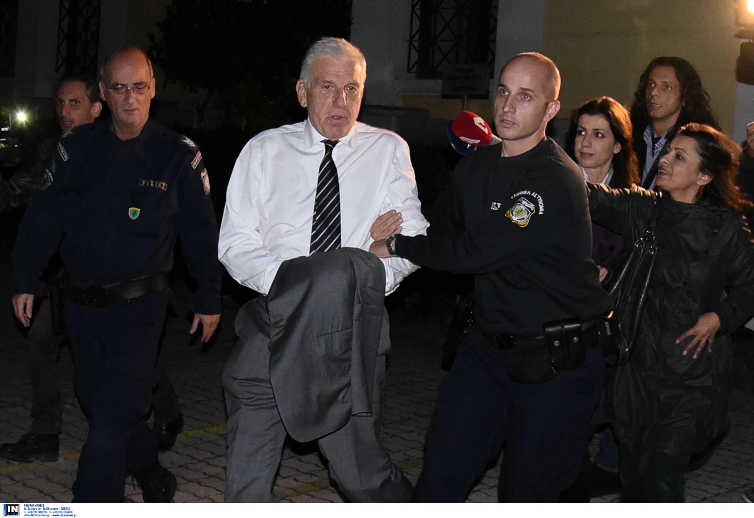 Αποφυλακίζεται όταν βρει 150.000€ ο Γιάννος Παπαντωνίου