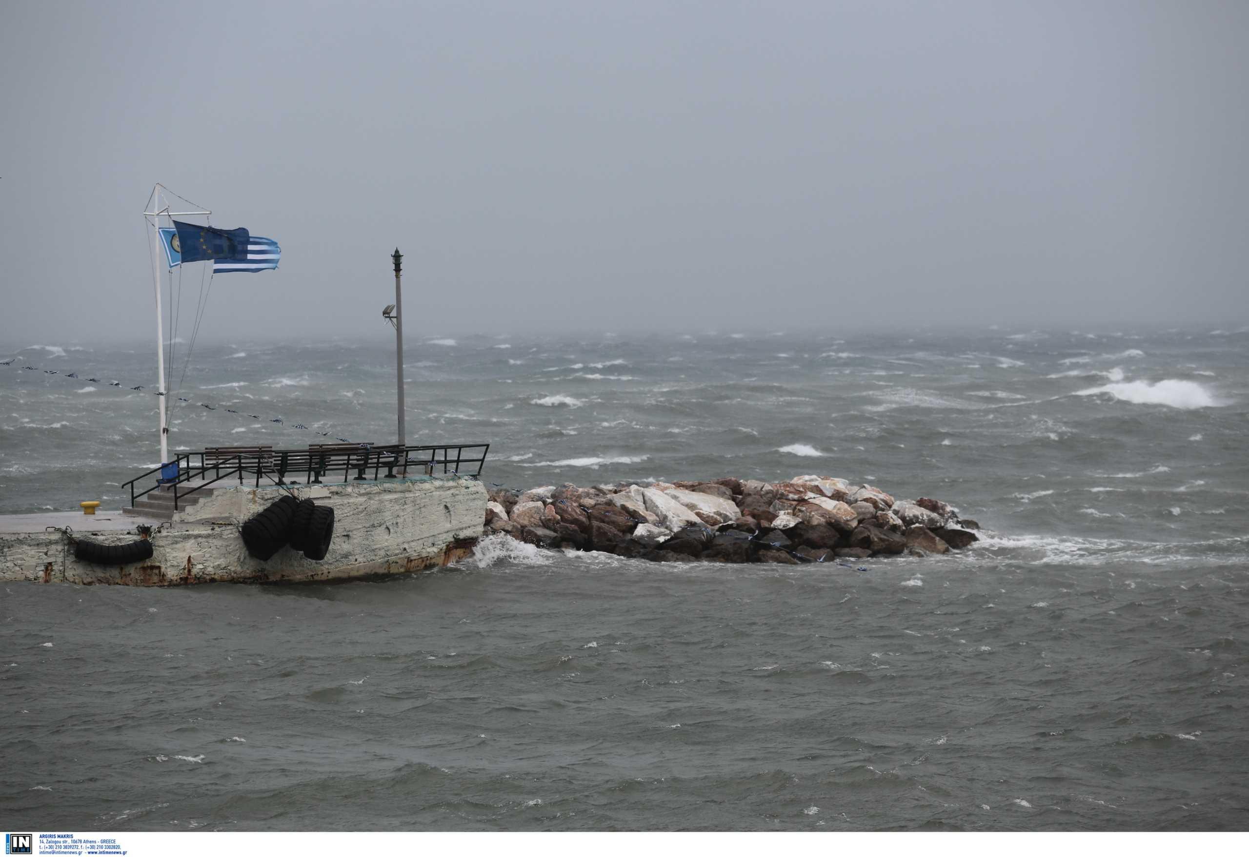 Καιρός σήμερα: Αγριεύει με βροχές και ισχυρές καταιγίδες