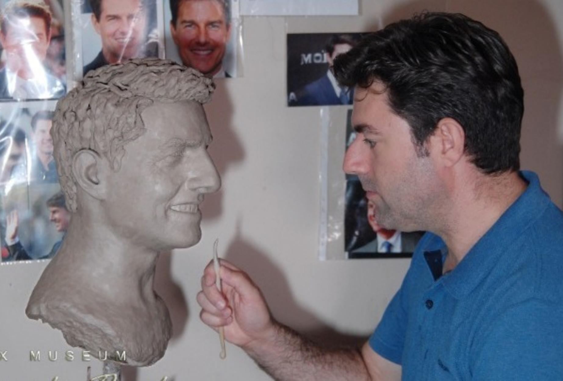 Μια θέση για τον Τομ Κρουζ στο Μουσείο Κέρινων Ομοιωμάτων στην Καβάλα