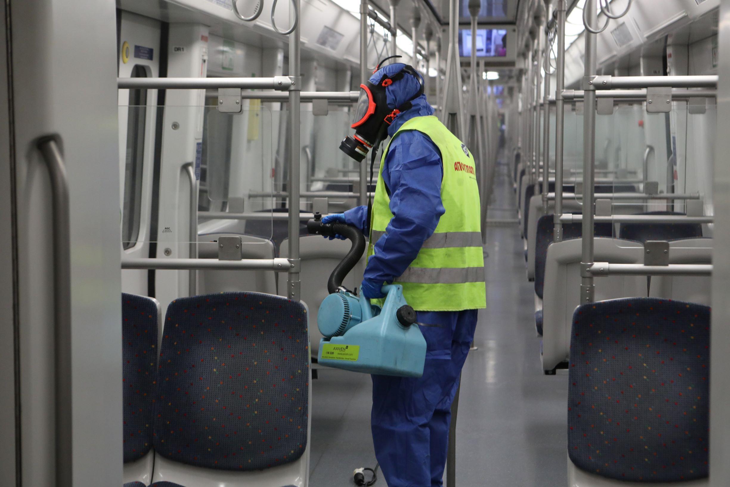 Κορονοϊός: Τα επόμενα μέτρα της κυβέρνησης! Τι θα γίνει με μετρό, ηλεκτρικό, τραμ, λεωφορεία και τρόλεϊ