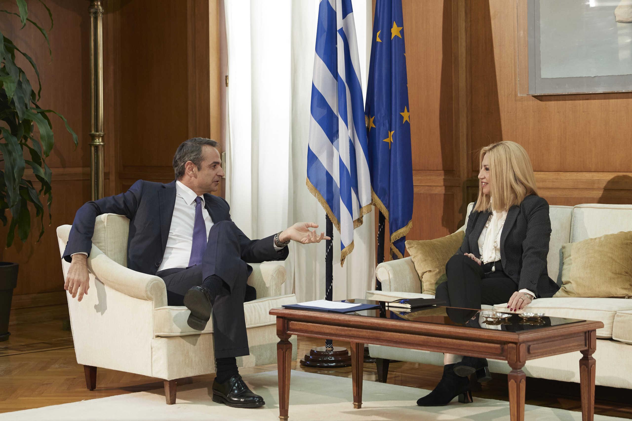 Με βιντεοκλήση θα ενημερώσει Τσίπρα και Γεννηματά για τον κορονοϊό ο πρωθυπουργός